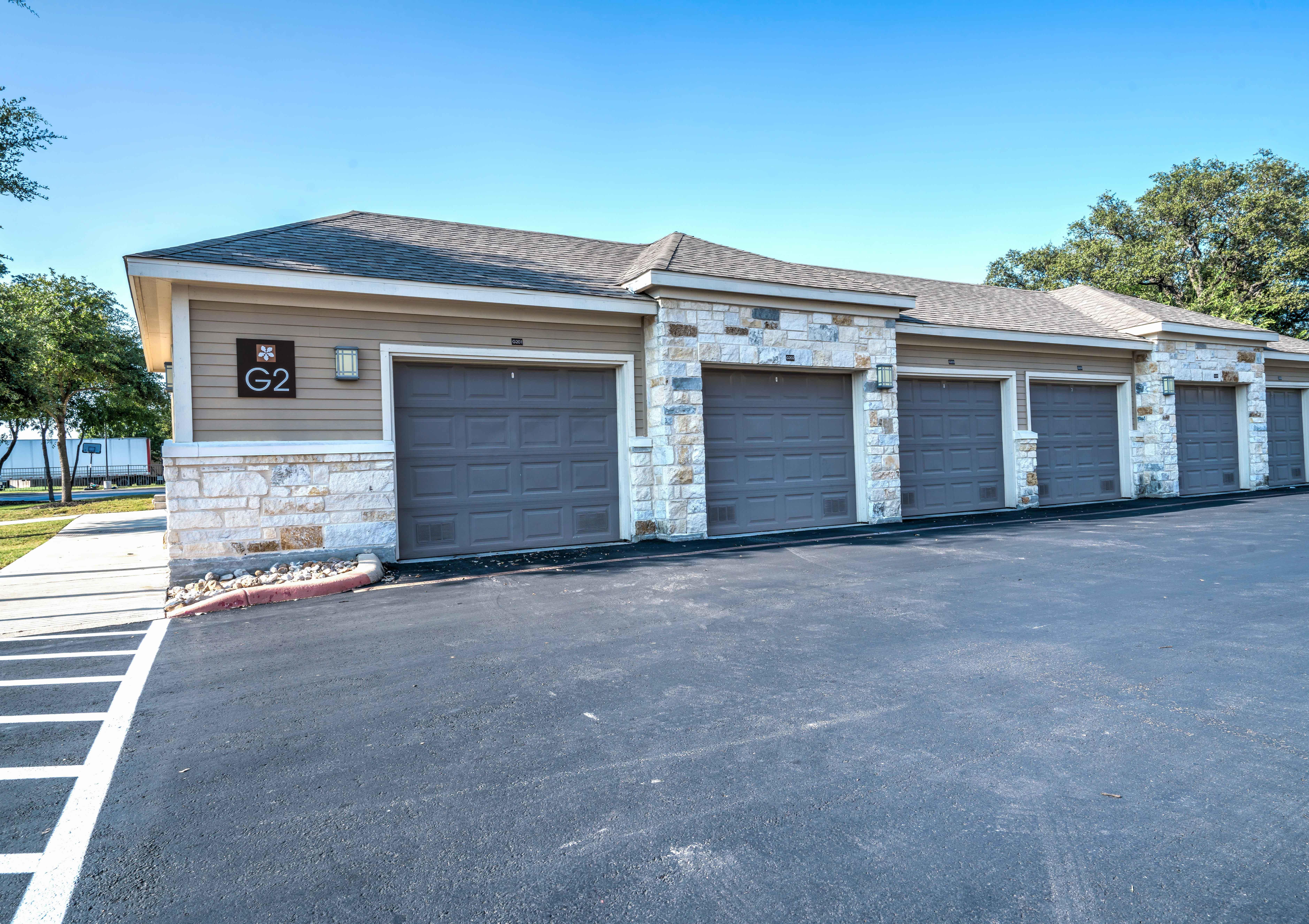 Westover Oaks Apartments San Antonio