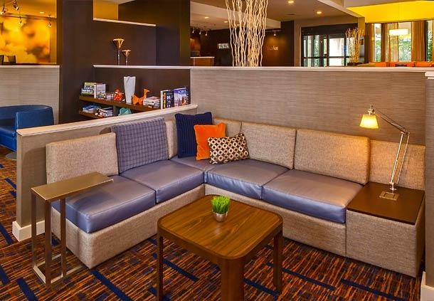 Marriott San Mateo is an elegant San Francisco Airport hotel with 22, sq ft of meeting and event space. Make us your SFO Airport Hotel of choice.