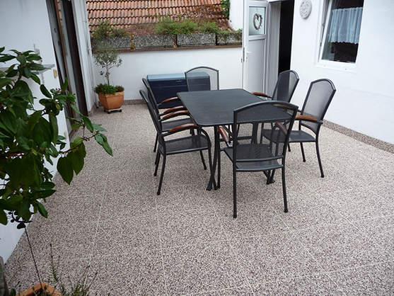 RENOfloor® Ausstellung - Balkon-Terrassen-Treppensanierung