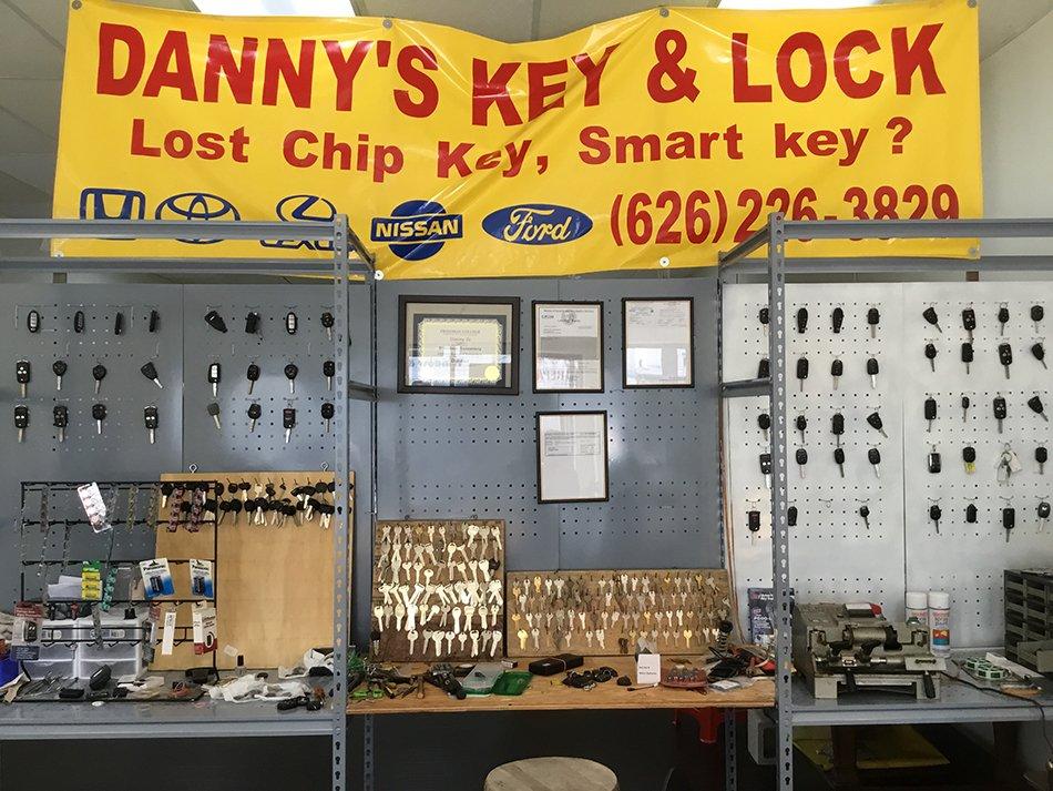 D&T Locksmith Key Shop