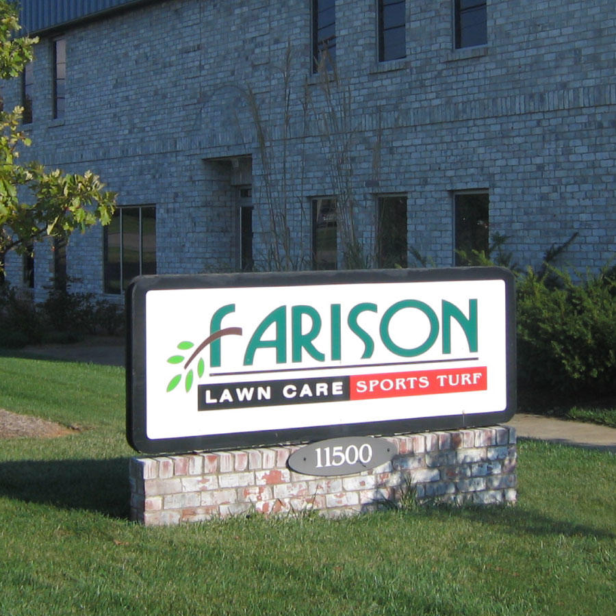 Farison lawn care louisville kentucky ky for Local lawn mowing services