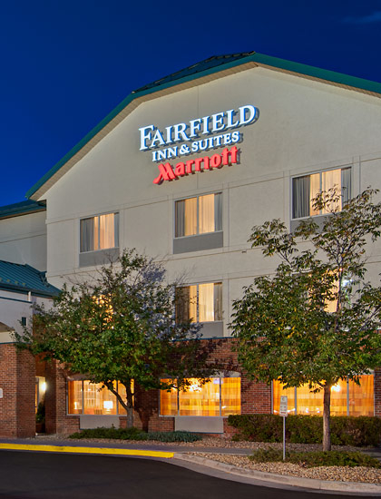 fairfield inn suites by marriott denver airport denver. Black Bedroom Furniture Sets. Home Design Ideas