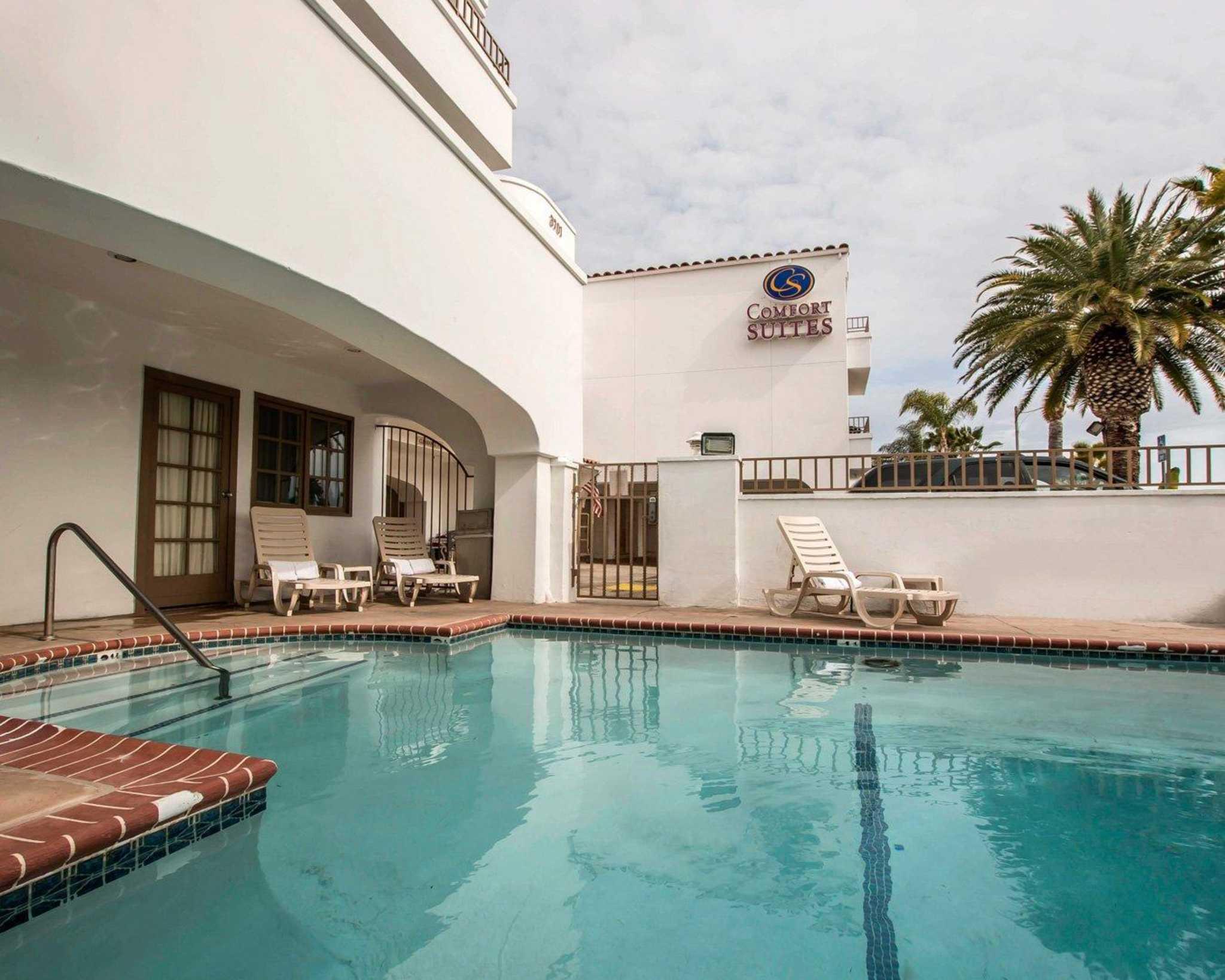comfort suites san clemente beach san clemente california. Black Bedroom Furniture Sets. Home Design Ideas