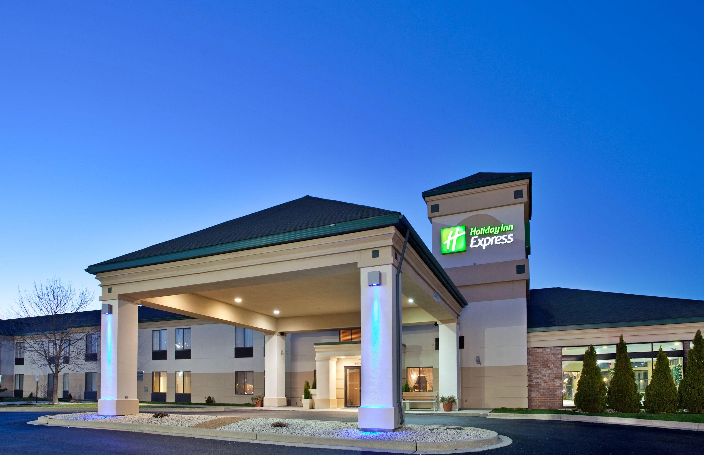Hotels In Menomonee Falls Wi