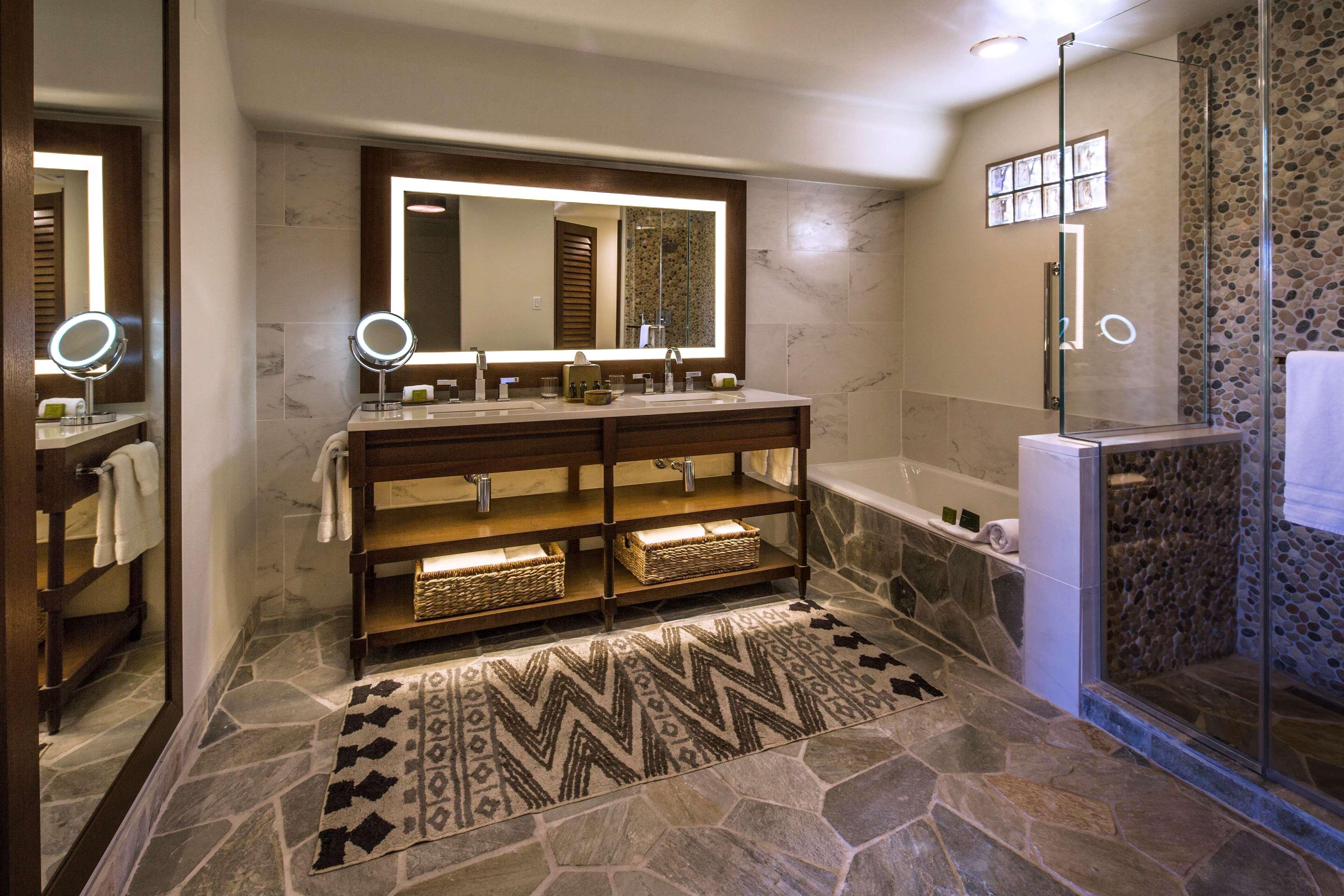 Boulders Resort Room Service