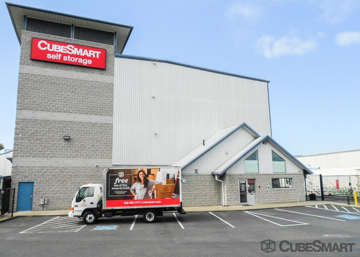CubeSmart Self Storage - Seattle, WA 98119 - (206)285-5800 | ShowMeLocal.com