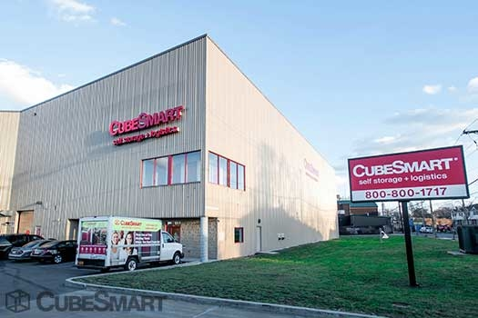 Cubesmart self storage in staten island ny 10303 for 350 richmond terrace staten island ny