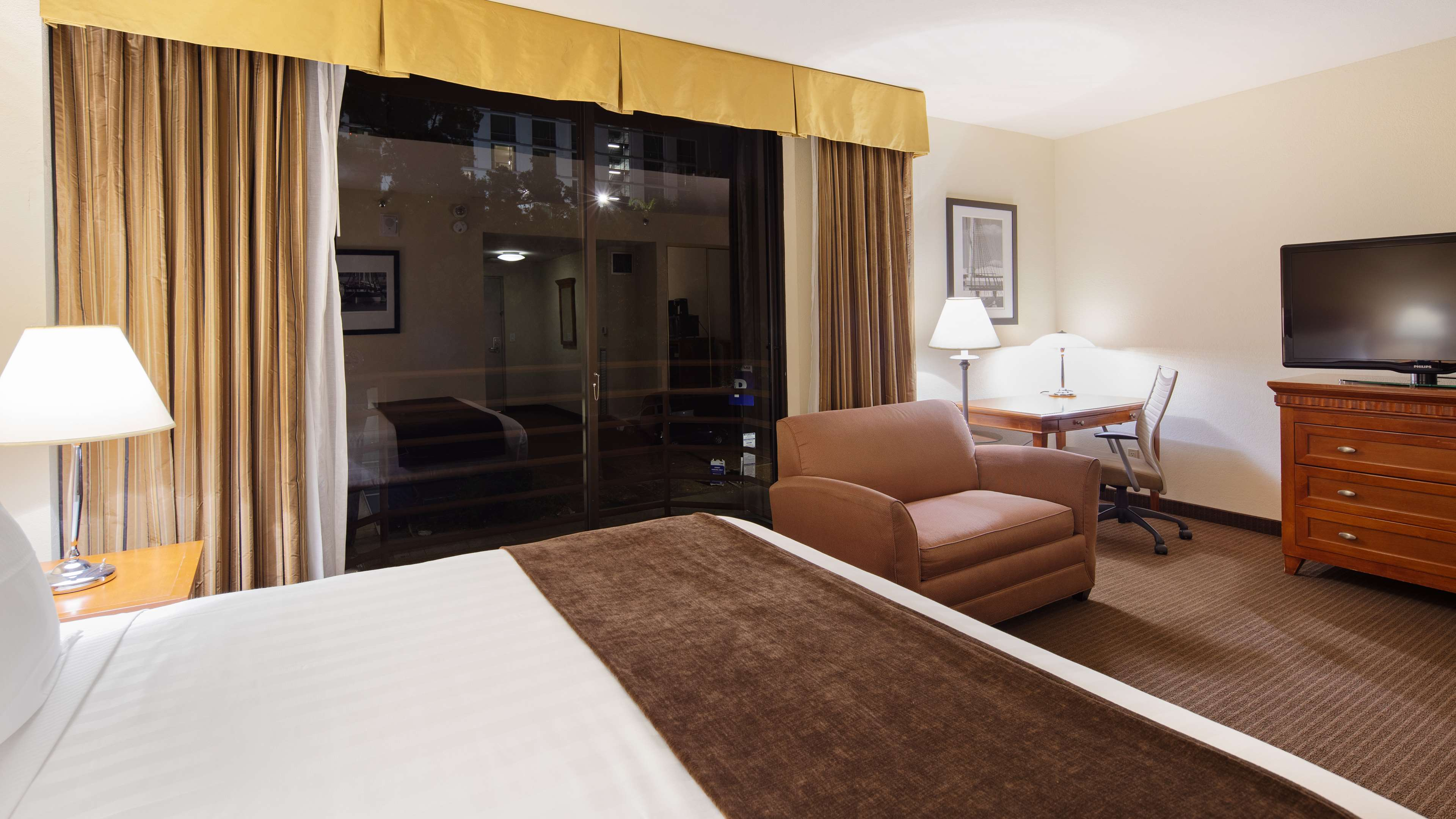 ADA City View Guest Room