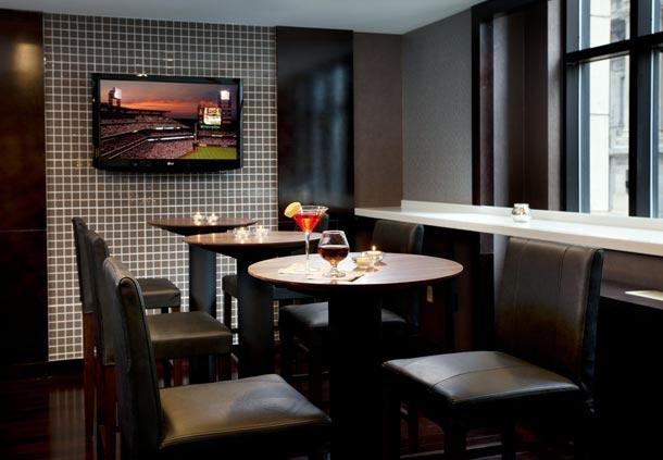 Center City Philadelphia Hotel - Residence Inn by Marriott Philadelphia Center City - Bar