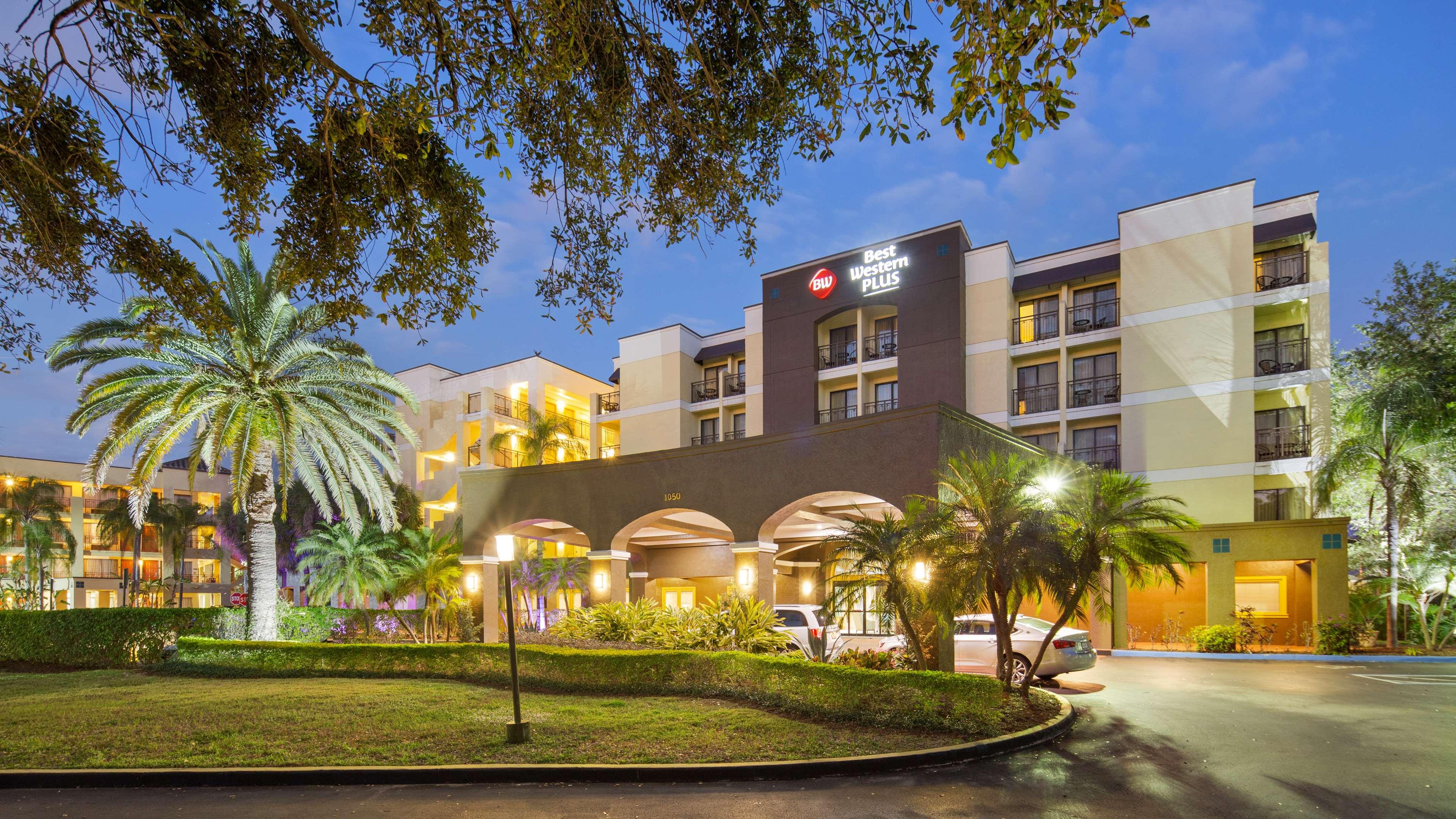 Best Western Plus Deerfield Beach Hotel Suites