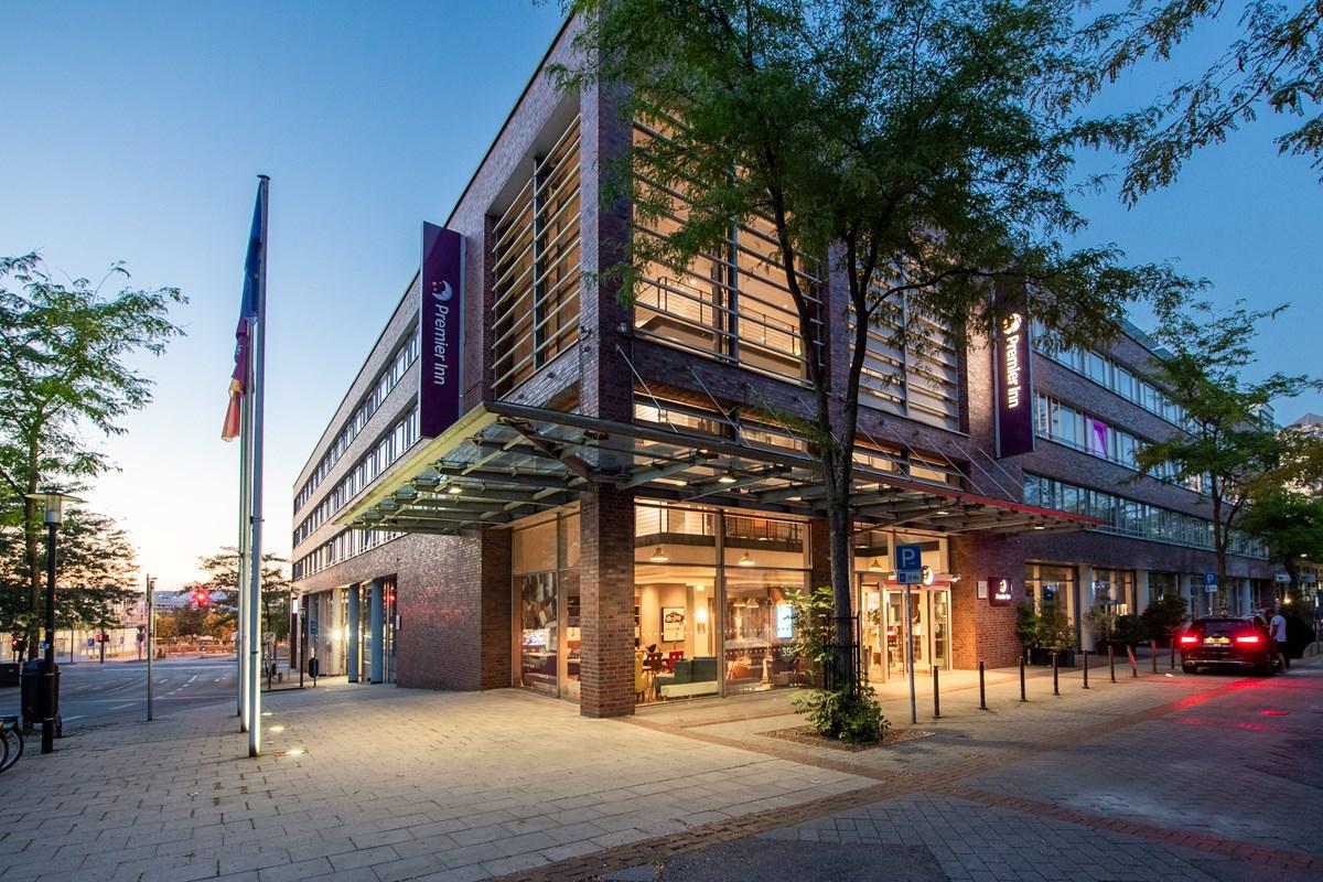 Premier Inn Essen City Limbecker Platz hotel, Thea-Leymann-Straße 11 in Essen