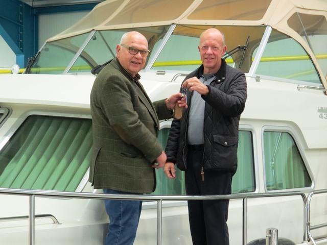 Kessel Yachting Van