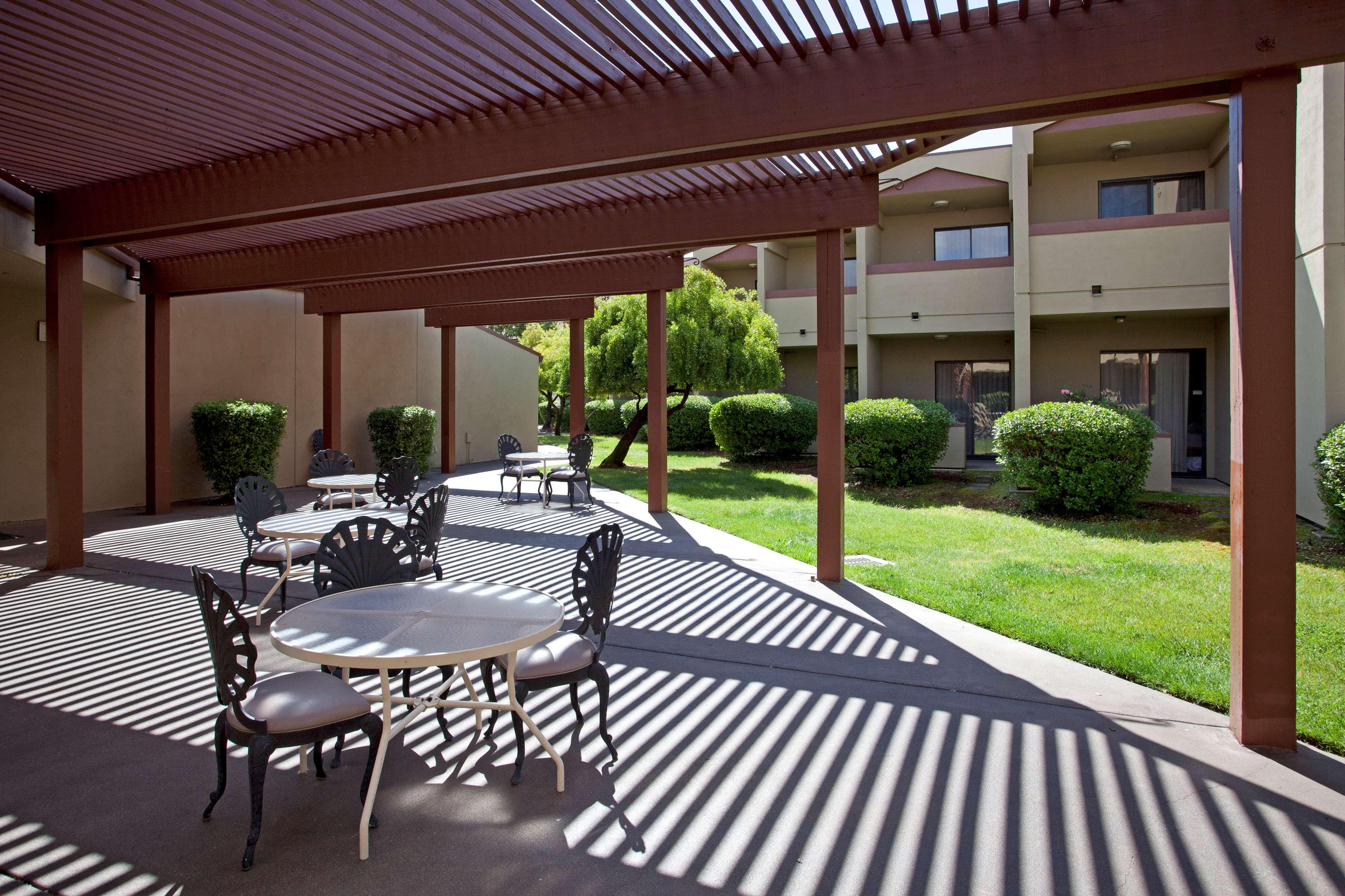 Best Western Plus Wine Country Inn Amp Suites Santa Rosa
