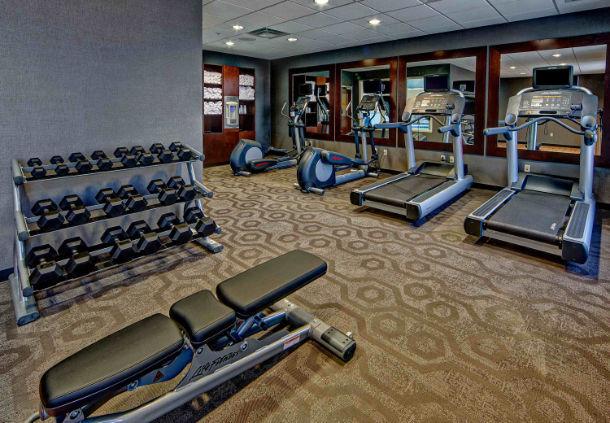 Jackson TN hotels   Best Western Carriage House Inn & Suites