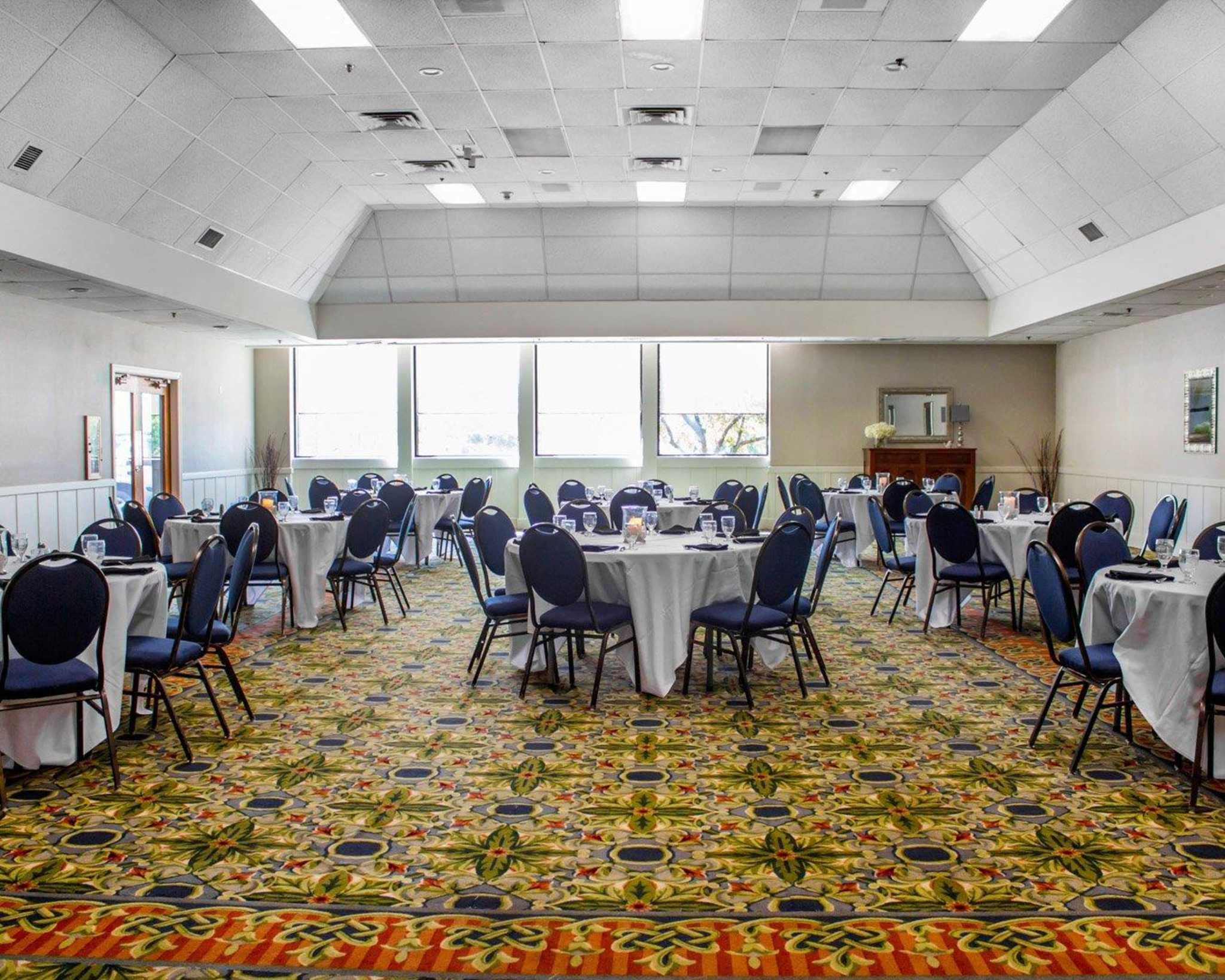 Clarion Hotel Marina Amp Conference Center Coupons Near Me