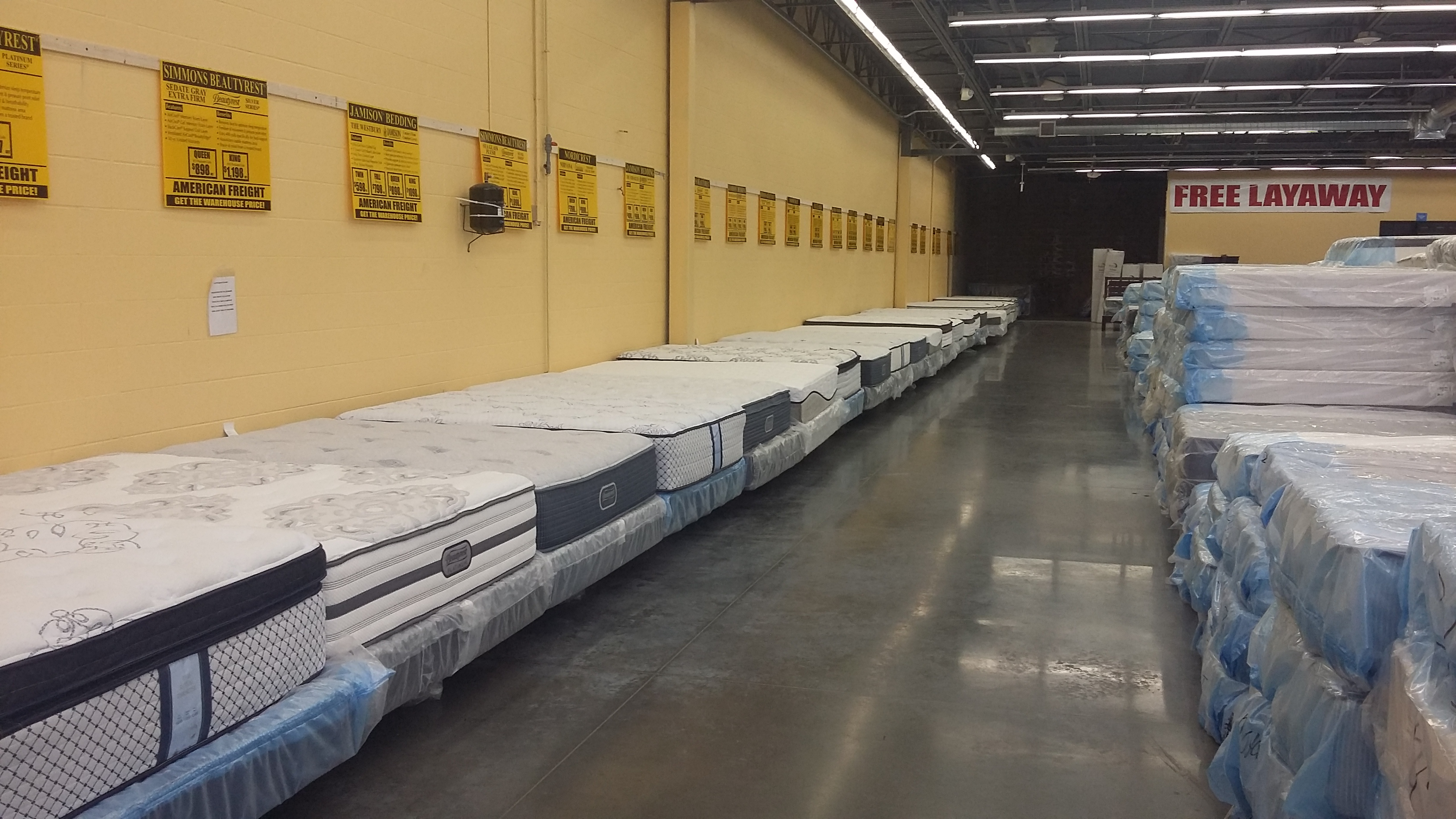 Mattress stores wichita ks 3 best furniture stores in for Affordable furniture wichita ks