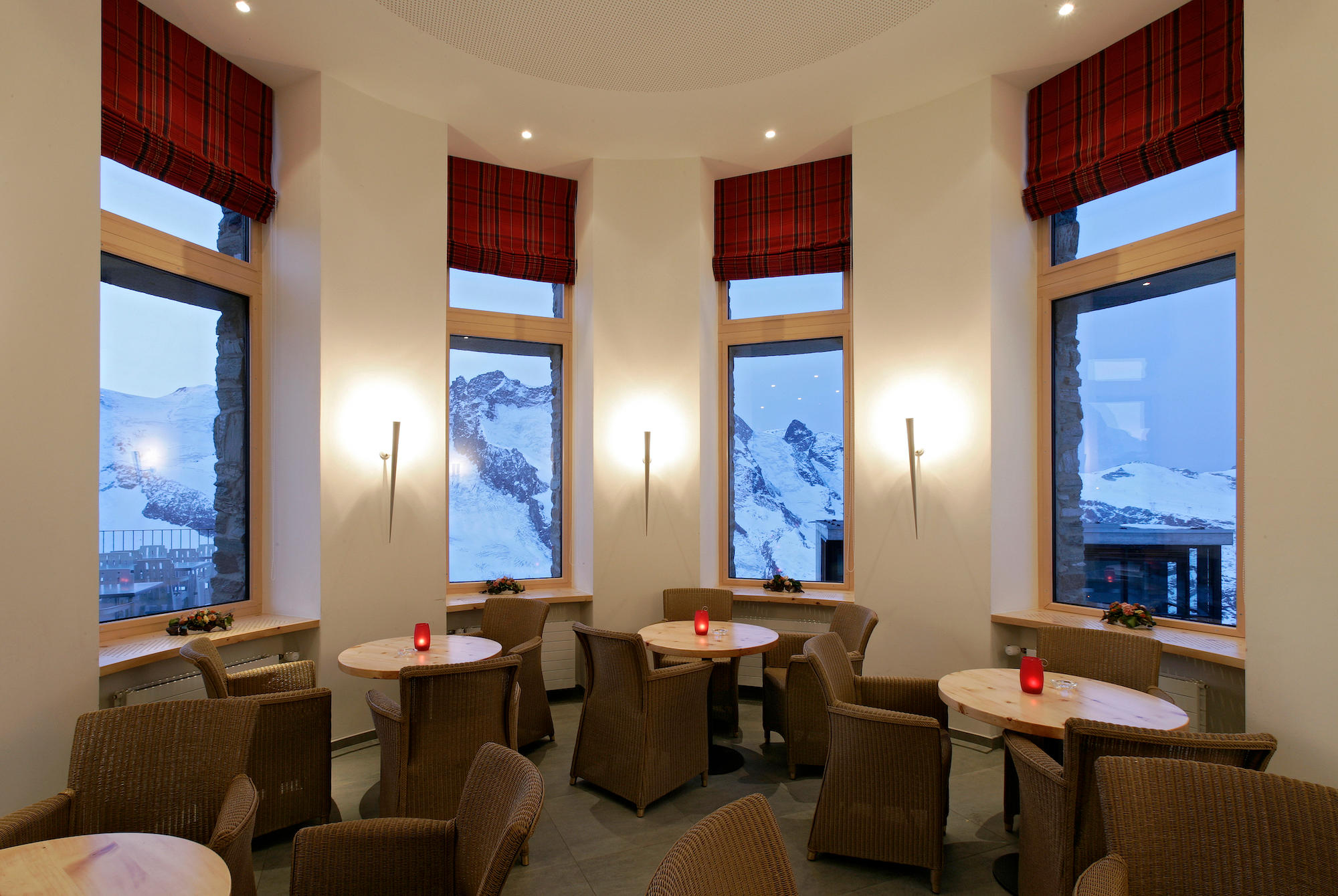 3100 Kulmhotel Gornergrat - Panorama Self