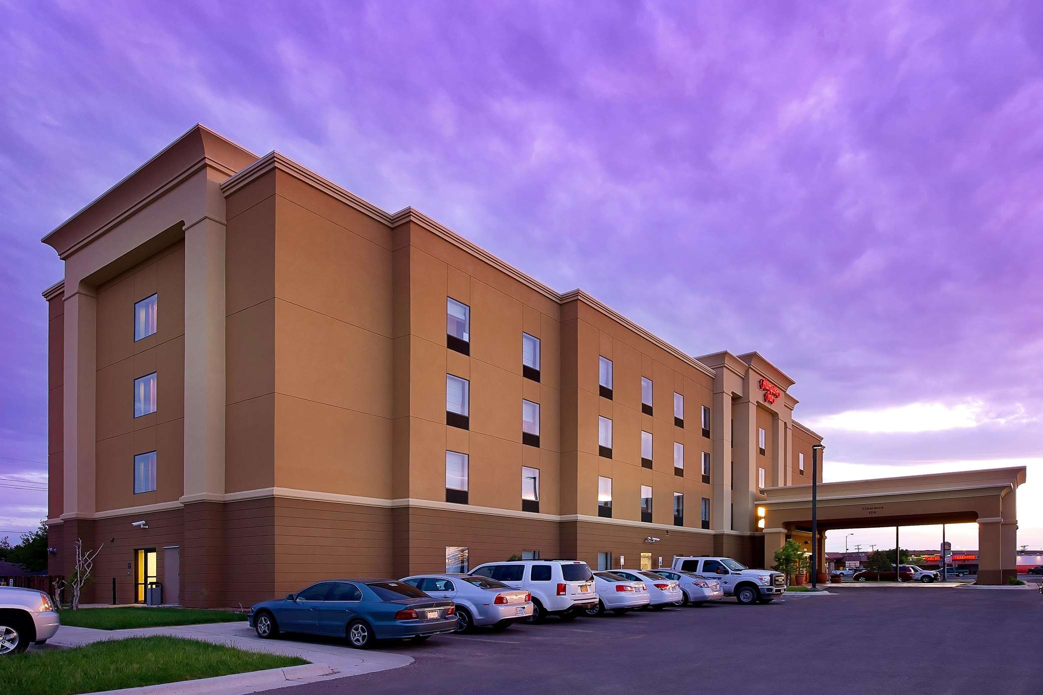 Hampton inn pampa coupons near me in pampa 8coupons for Hotels 8 near me