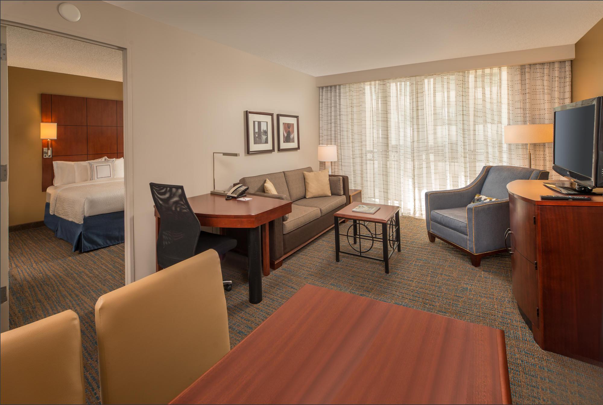 Washington Court Hotel Room Service