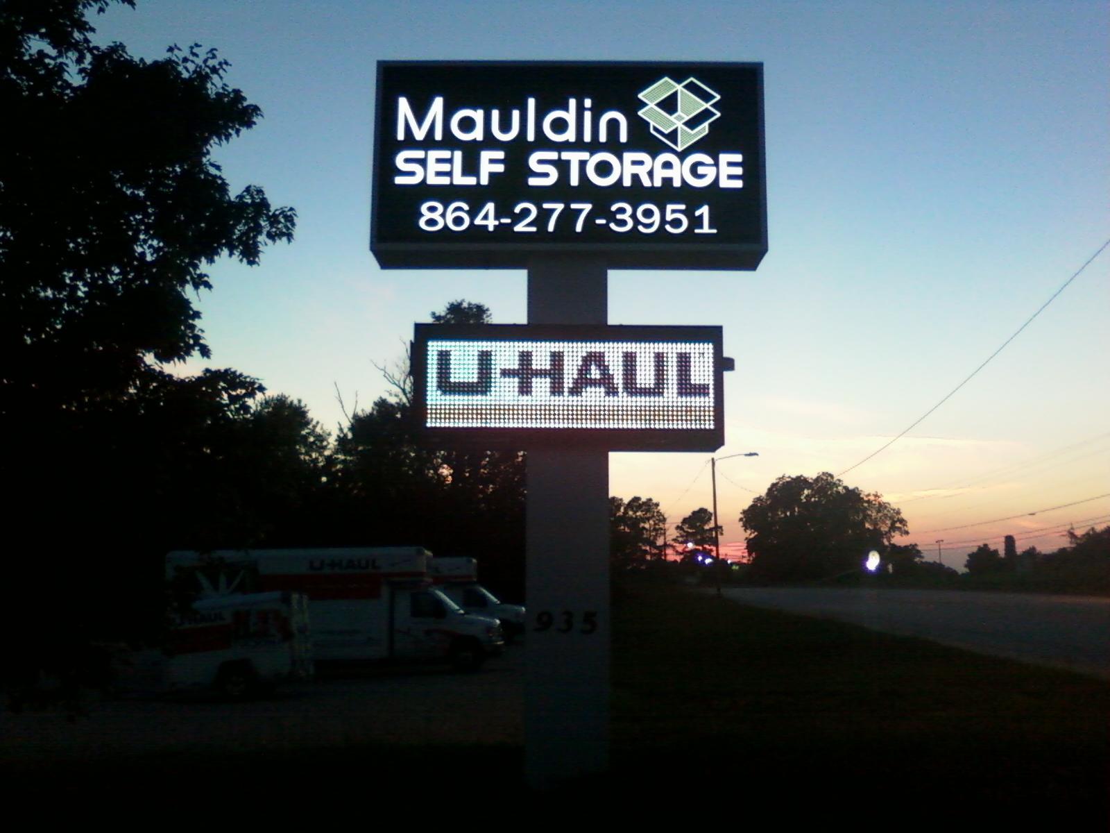 mauldin self storage in greenville sc 29607. Black Bedroom Furniture Sets. Home Design Ideas