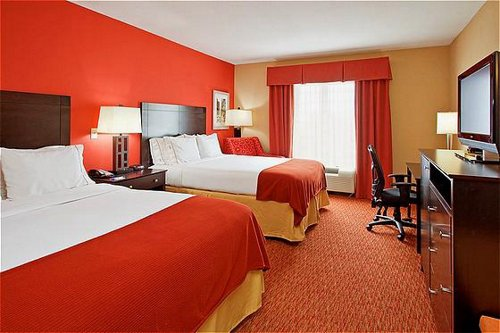 Holiday Inn Express & Suites Chattanooga Downtown - ad image