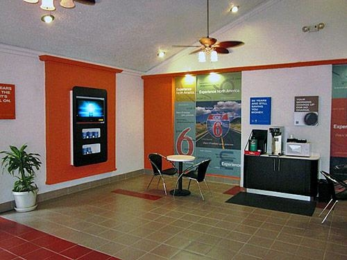 Motel 6 Harvey image 7