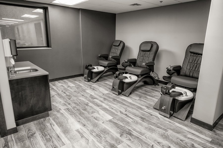 Affiniti day spa and salon in fargo nd 58103 for 42nd street salon