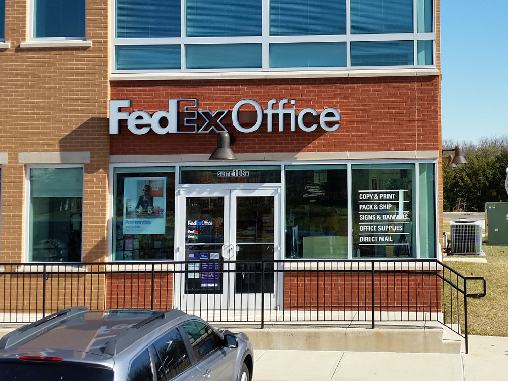 FedEx Office Print & Ship Center Photo