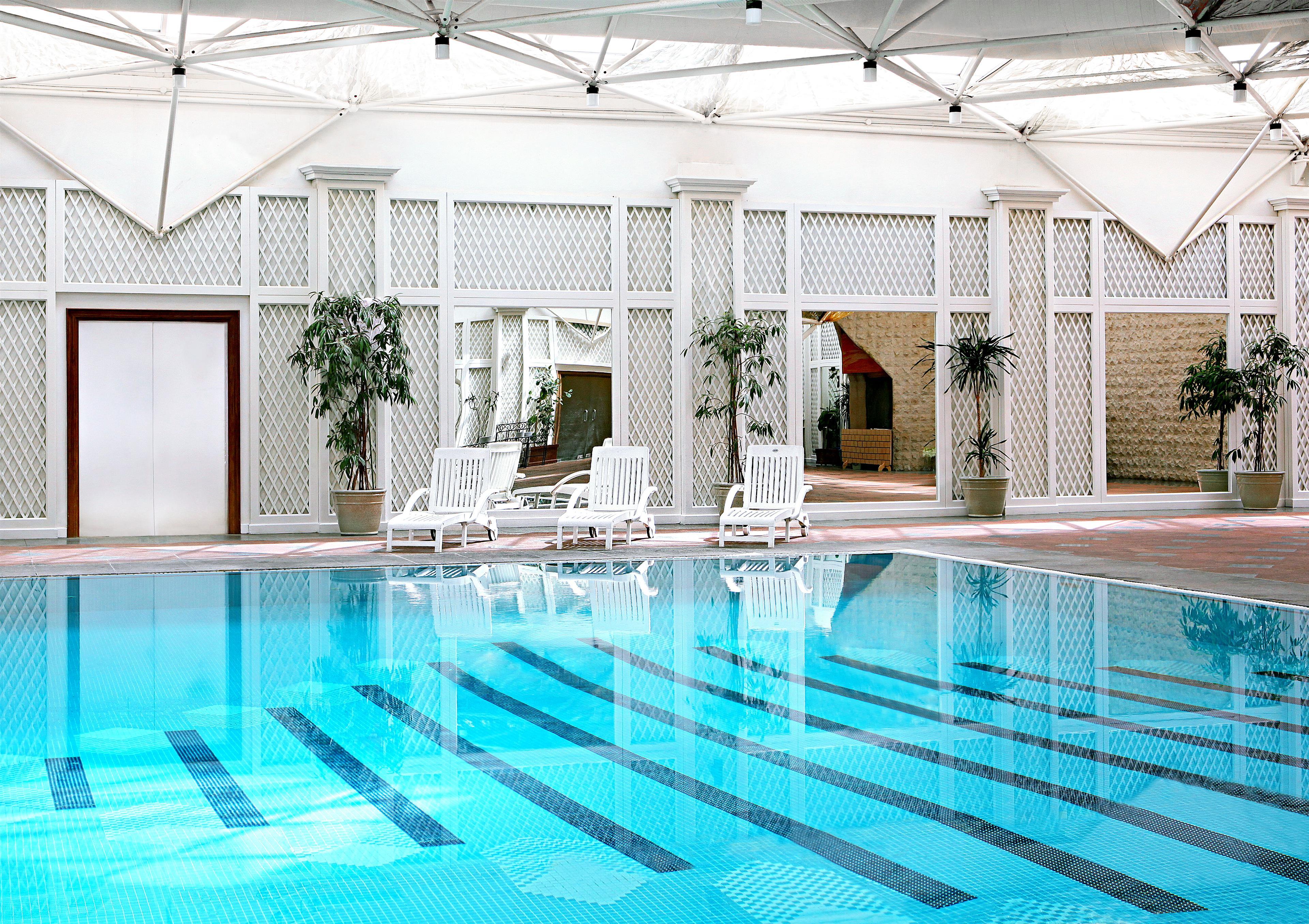 Sheraton riyadh hotel towers hotels riyadh olaya - Hotels in riyadh with swimming pools ...