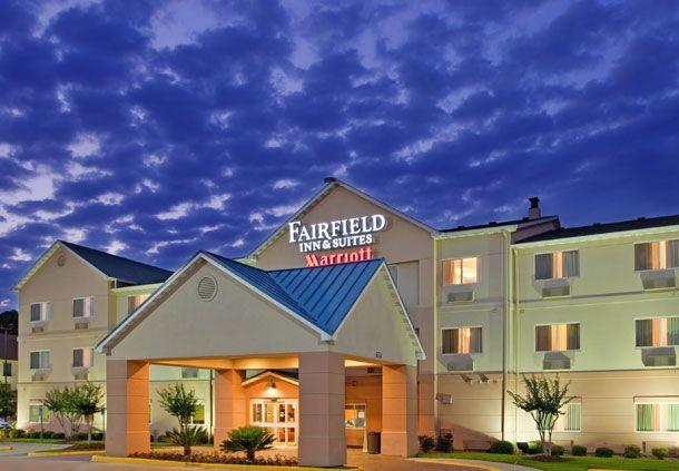 Fairfield Inn & Suites by Marriott Houston I-45 North image 1