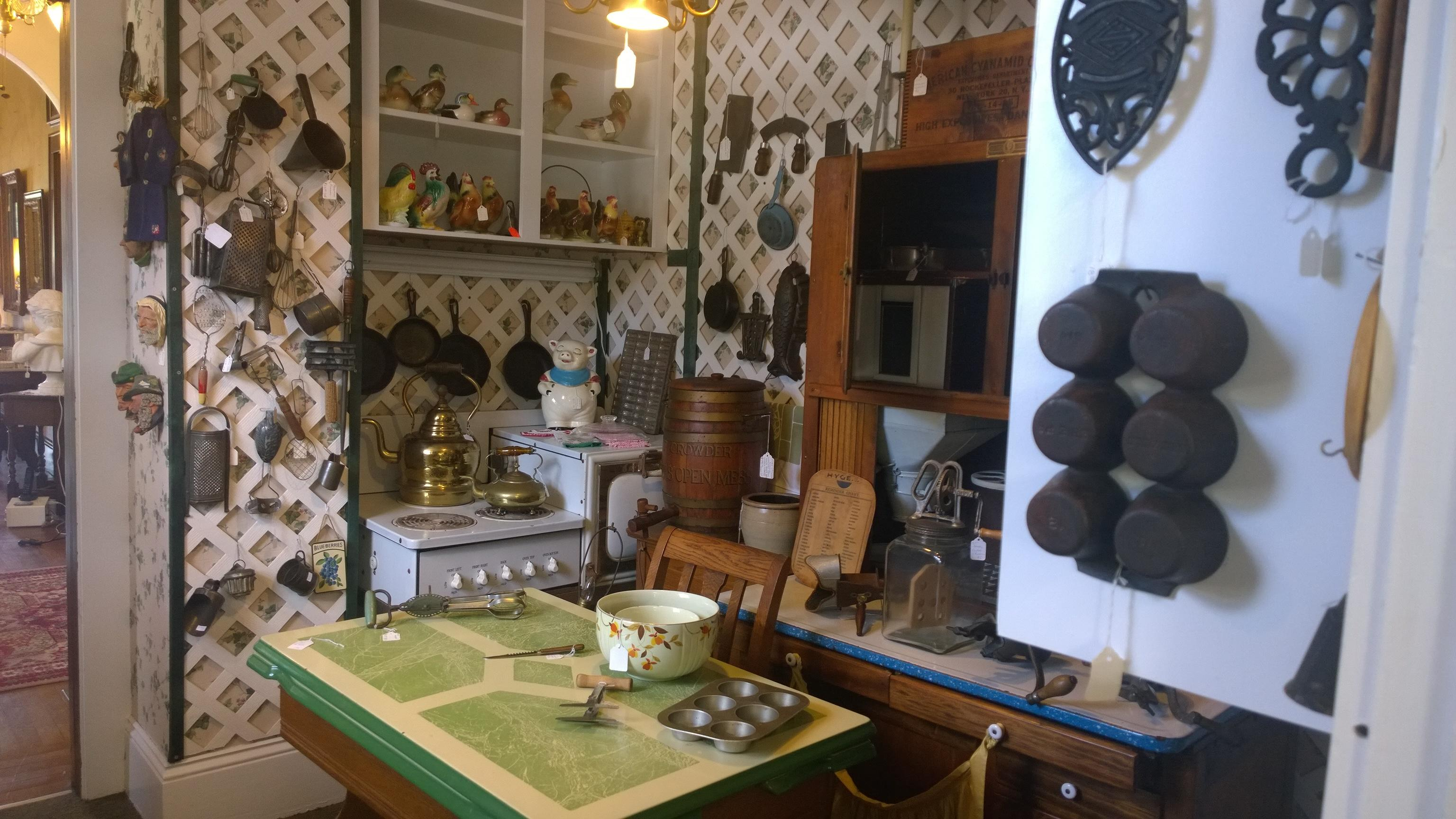 Magnolia House Antique Village In Daytona Beach Fl 32117