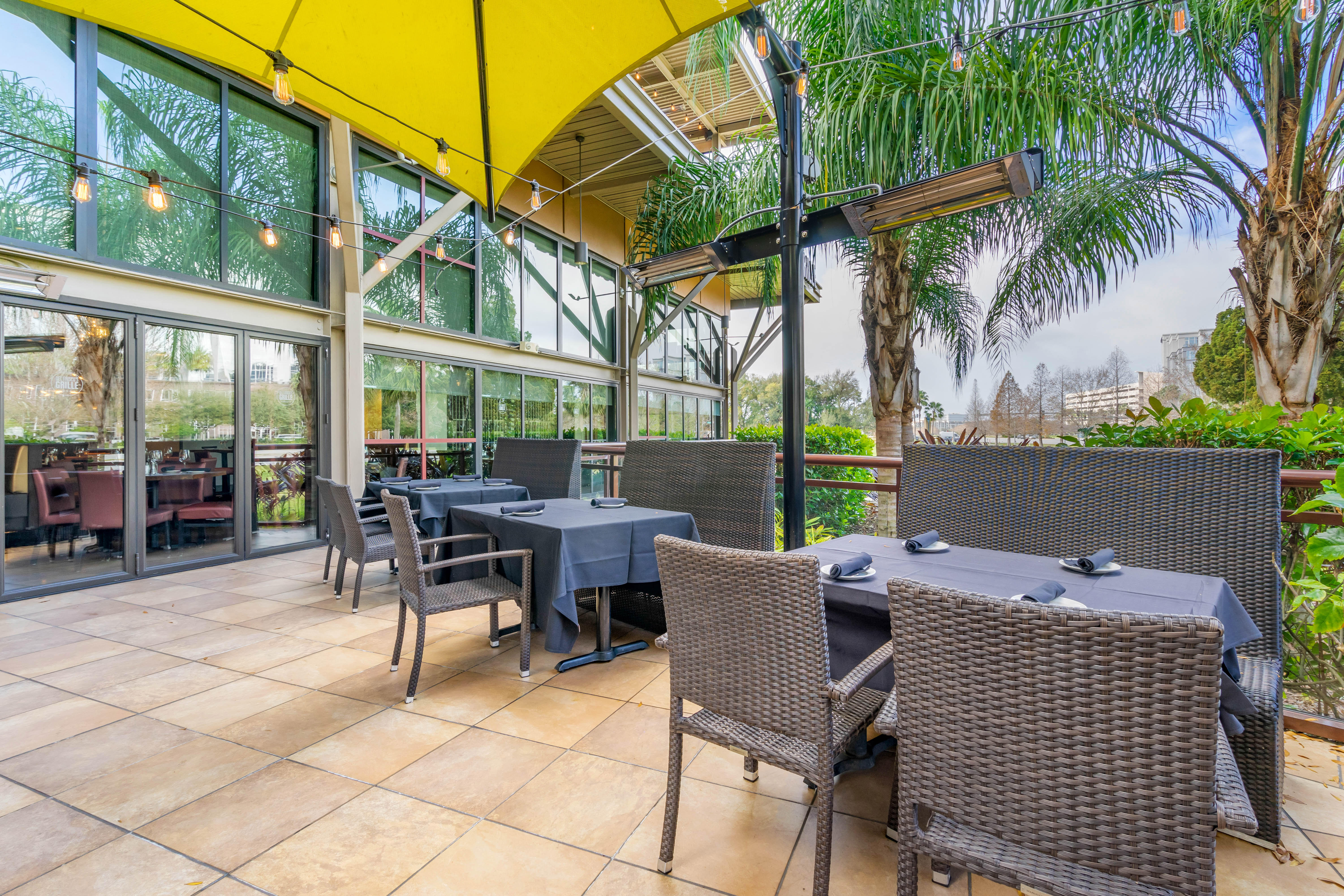 Del Frisco's Grille Tampa 1st Floor Patio group dining room