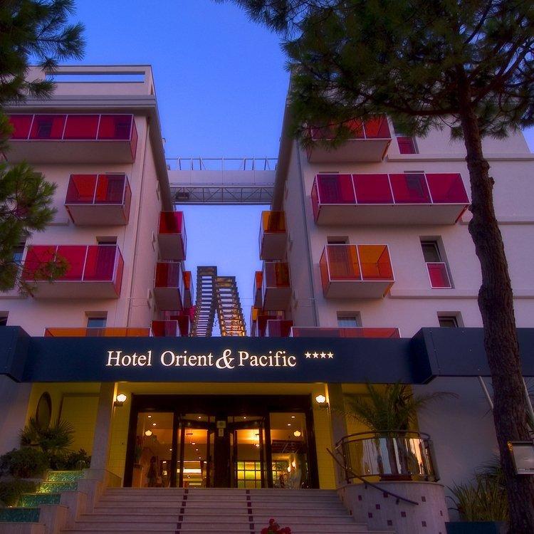 Hotel orient pacific alberghi alberghi ristoranti - Hotel jesolo 3 stelle con piscina pensione completa ...