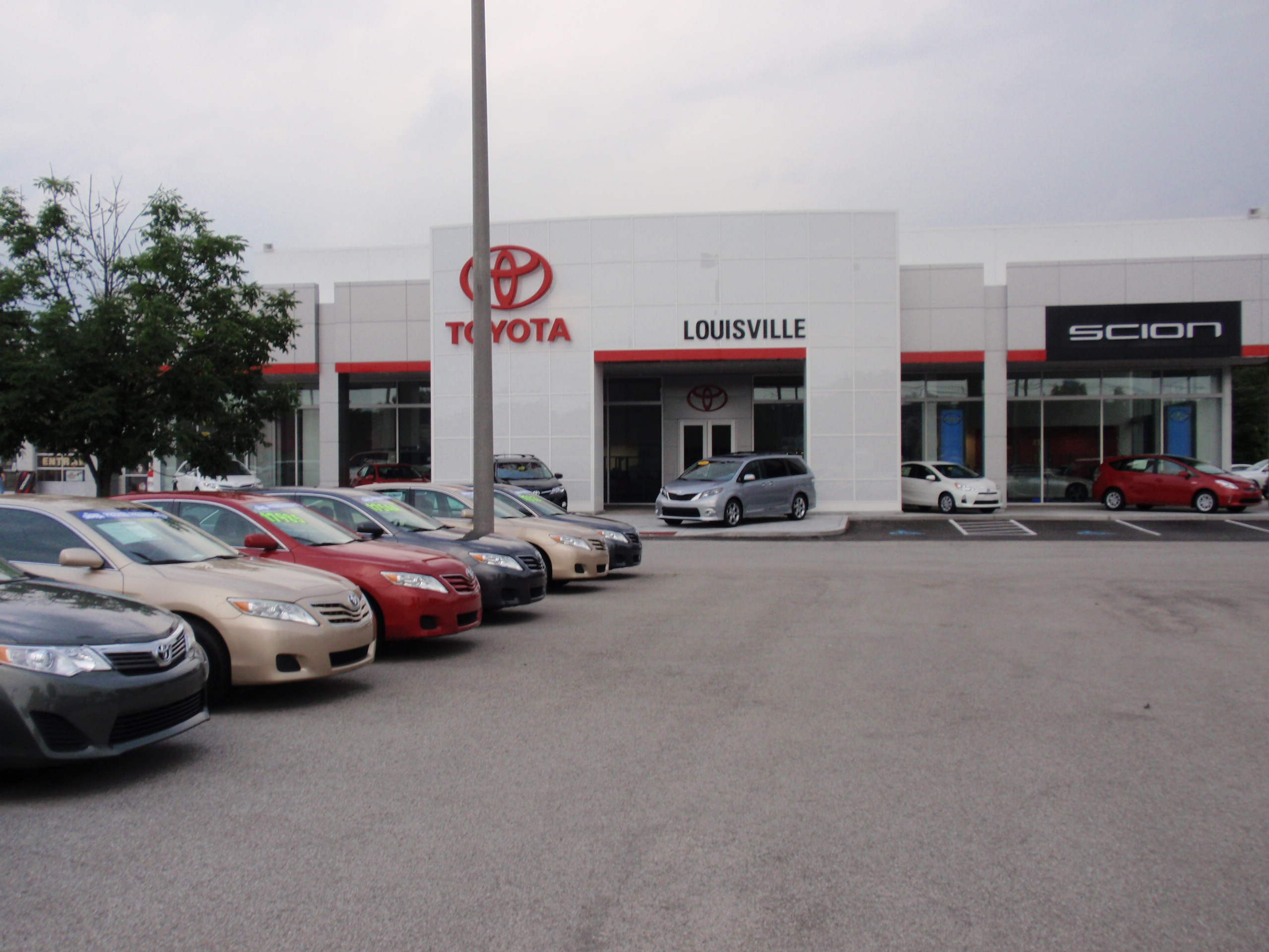 toyota of louisville in louisville ky auto dealers yellow pages directory inc. Black Bedroom Furniture Sets. Home Design Ideas