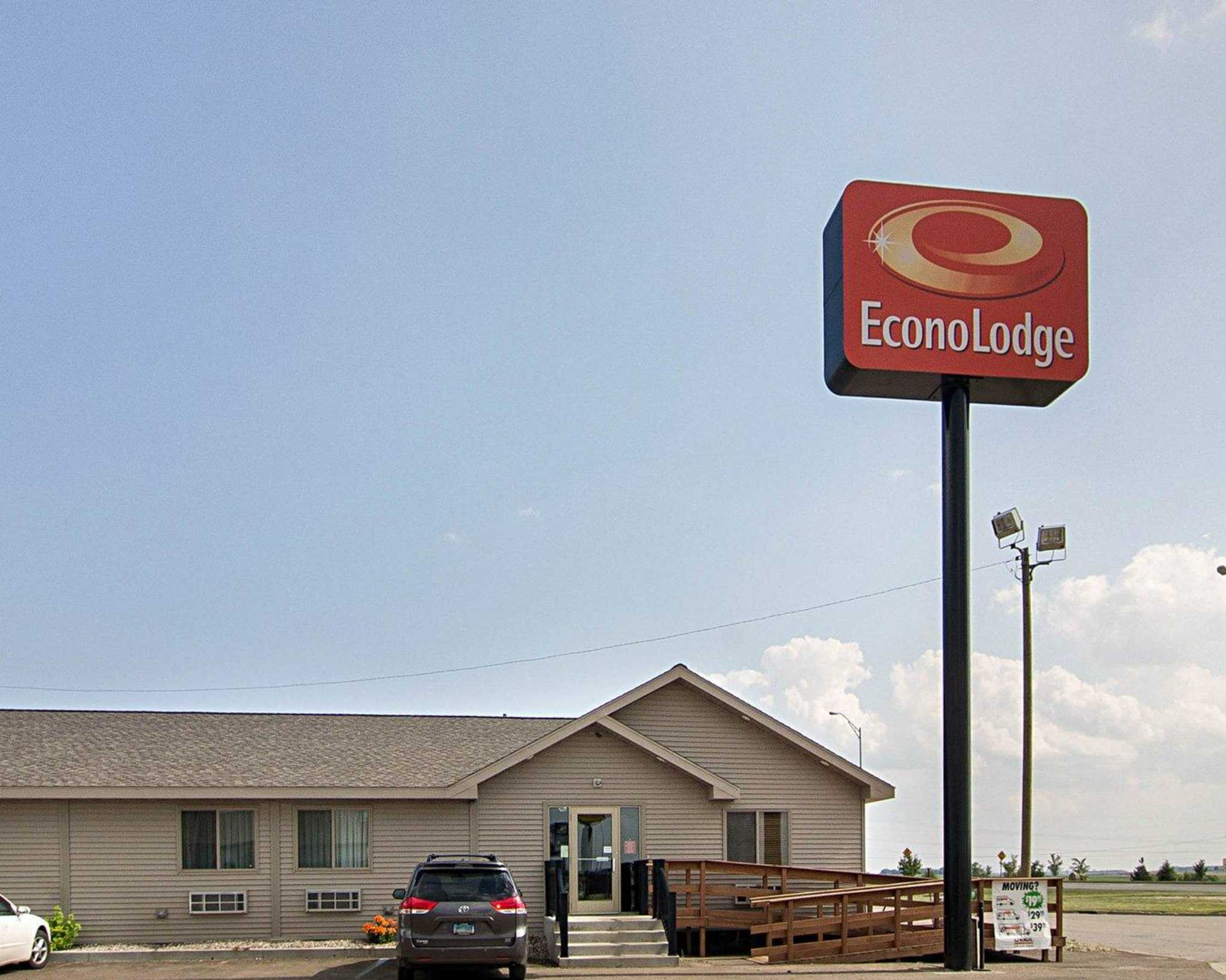 Econo Lodge Jamestown North Dakota Nd Localdatabase Com