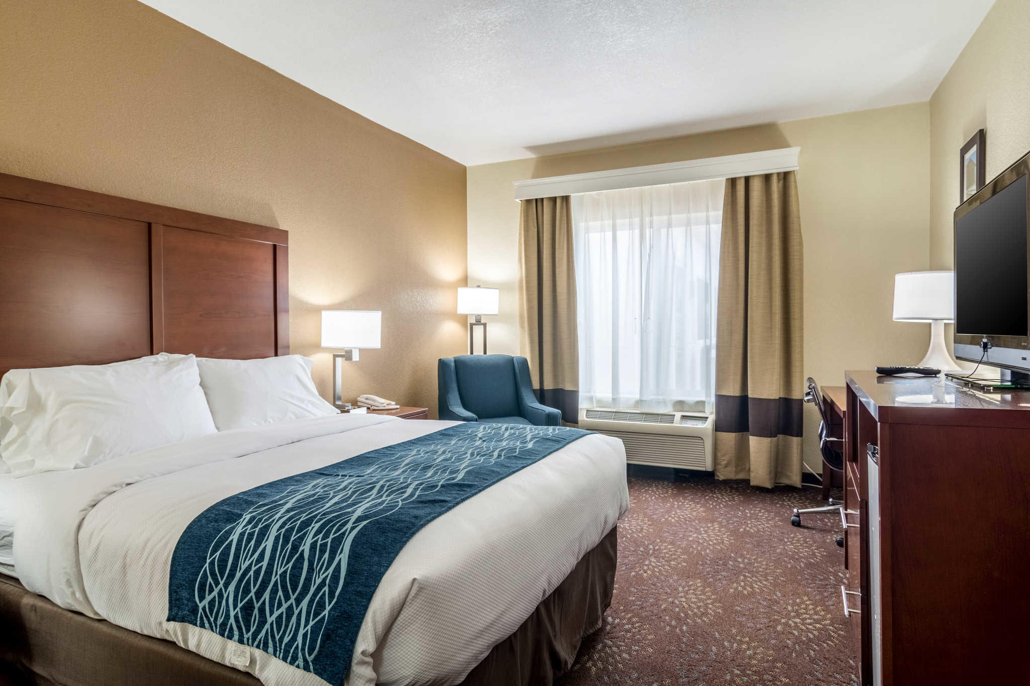 Comfort Inn Amp Suites Hannibal Missouri Mo