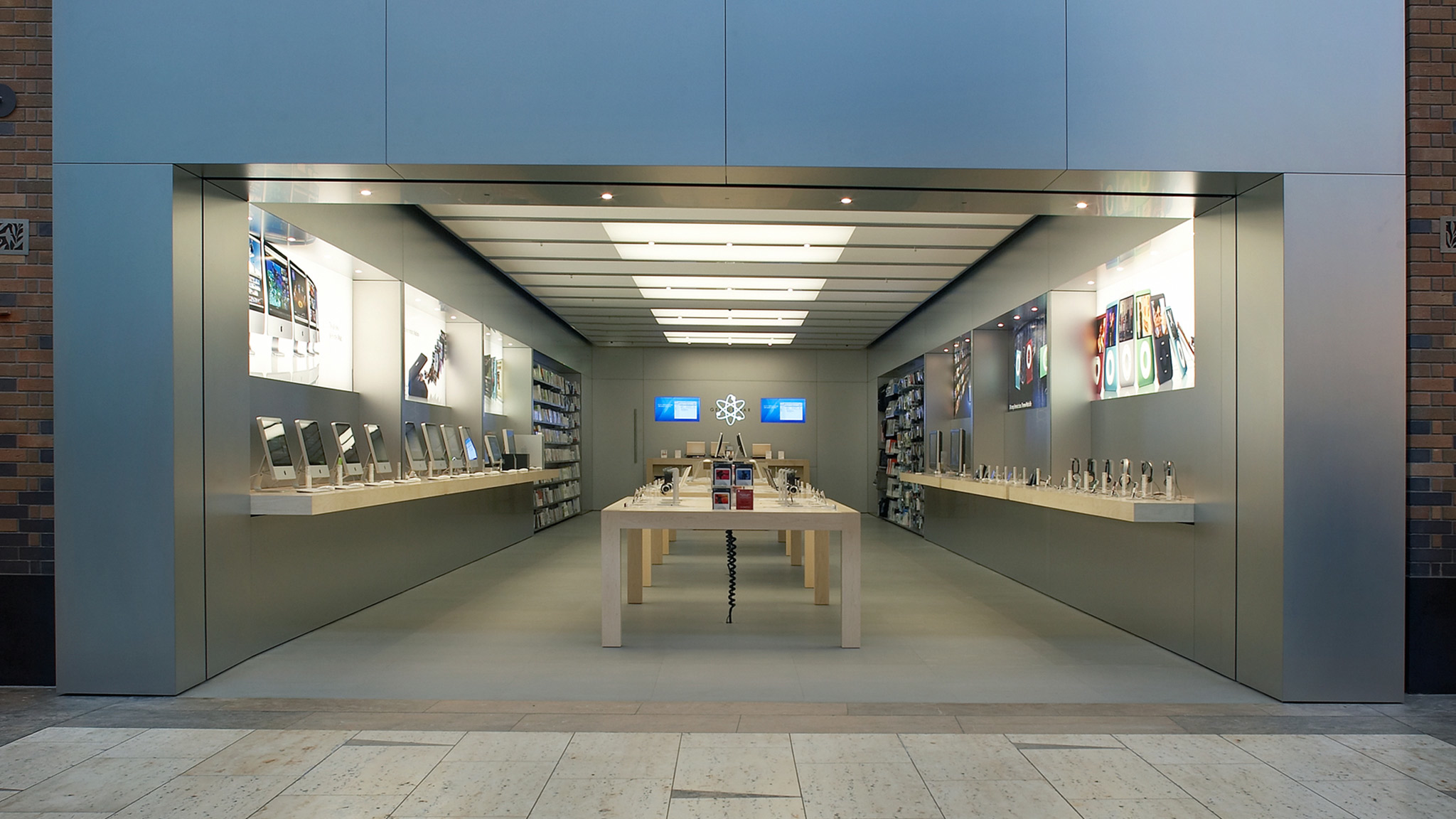Apple Touchwood Centre - Solihull, West Midlands B91 3GJ - 01212 241300 | ShowMeLocal.com
