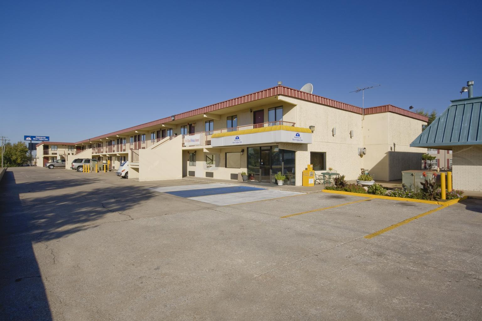 Americas best value inn tulsa airport coupons near me in for Americas best coupons
