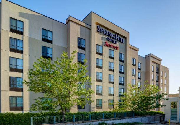 Hotels Near Brentwood Mo