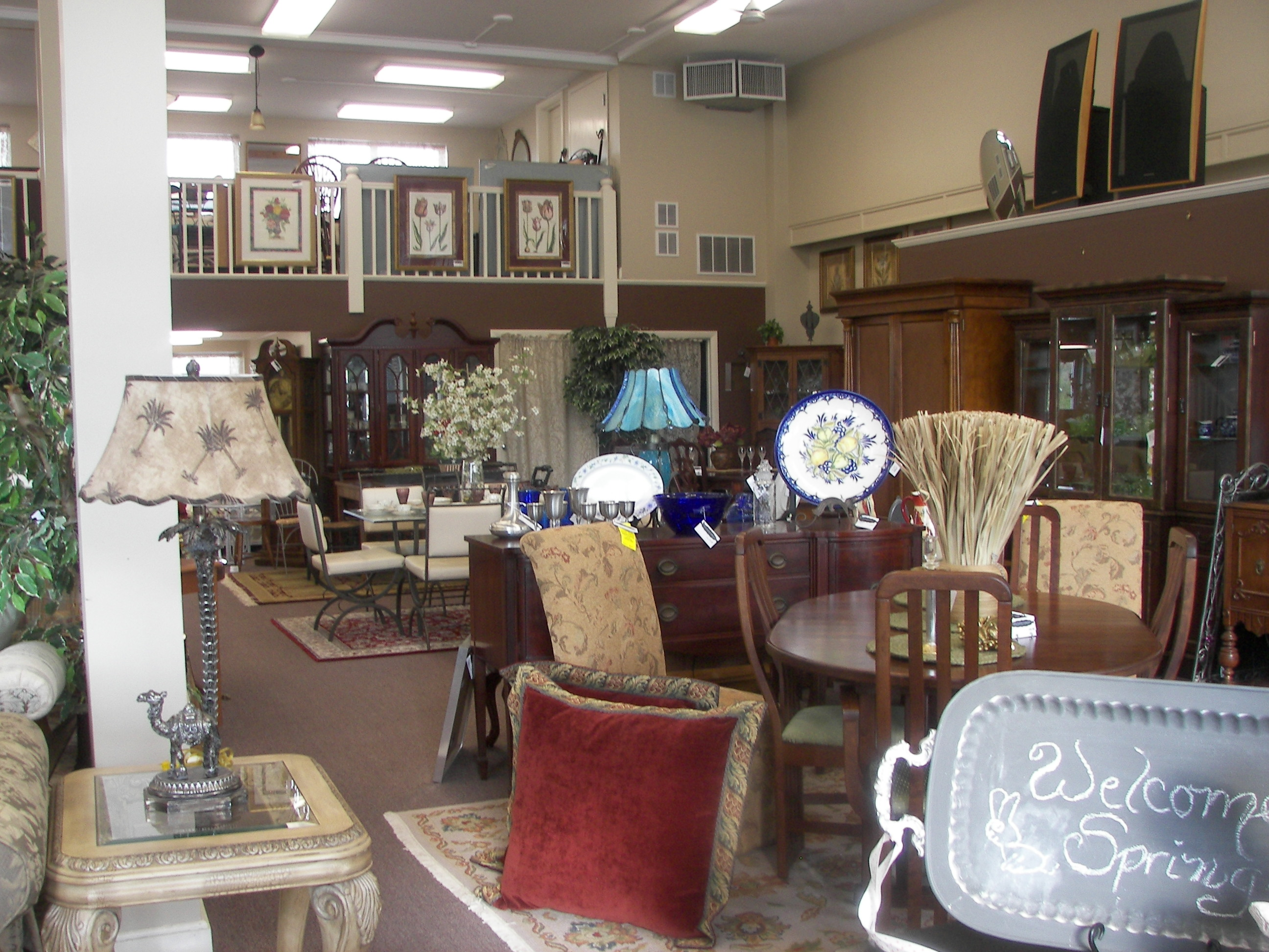 Gillette Furniture Consignment In Wethersfield CT 06109
