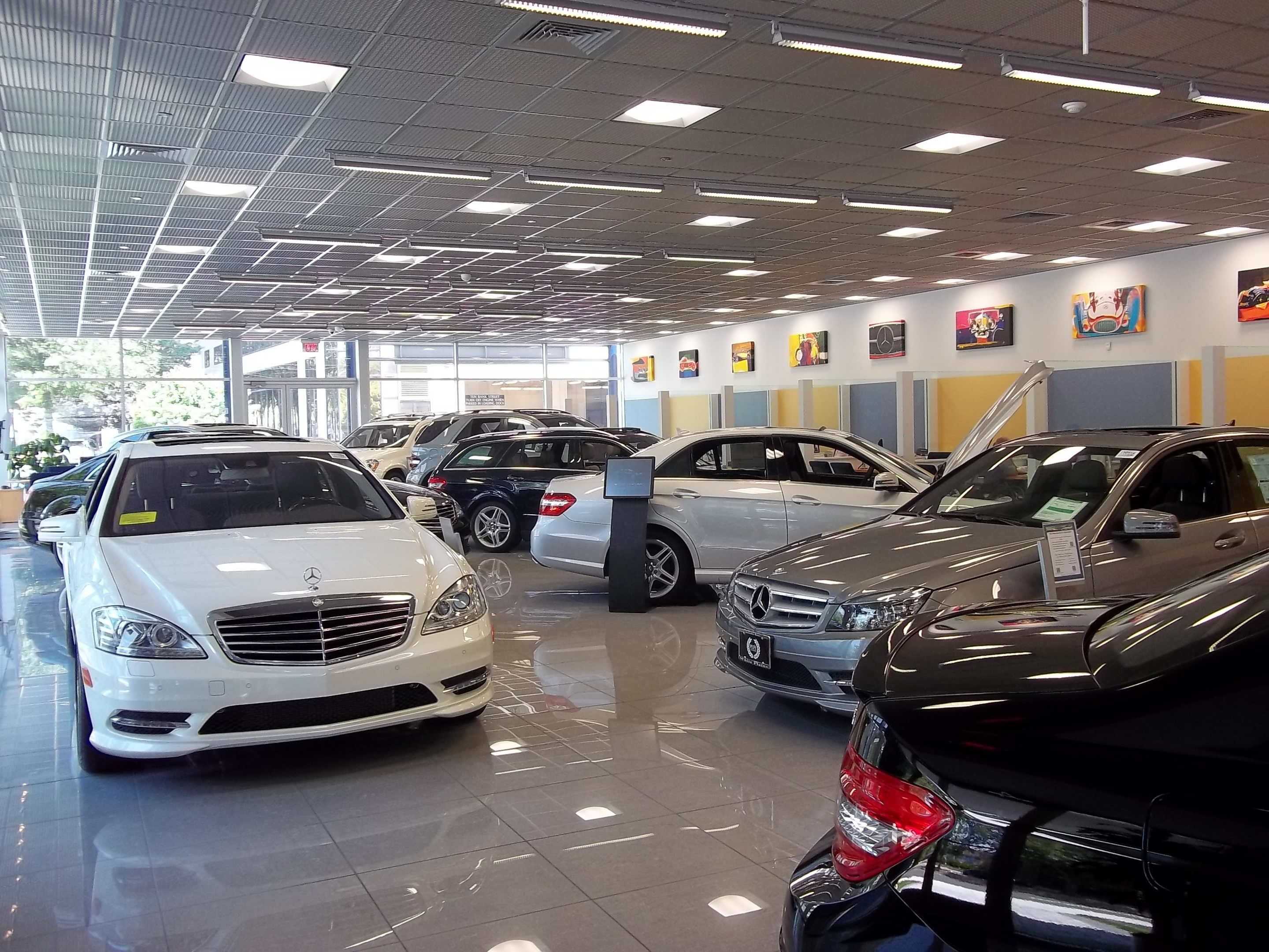 Mercedes benz of white plains in white plains ny 877 for Plaza mercedes benz service