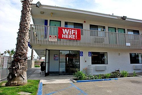 Motel 6 Ventura Beach image 3