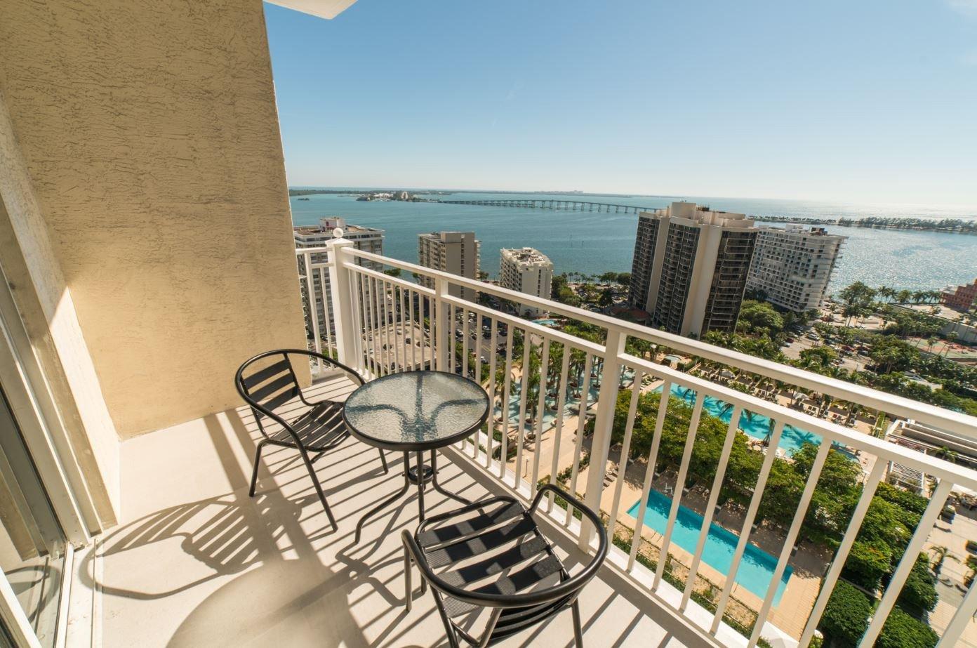 Fortune house hotel in miami fl 33131 for 185 se 14th terrace miami fl 33131