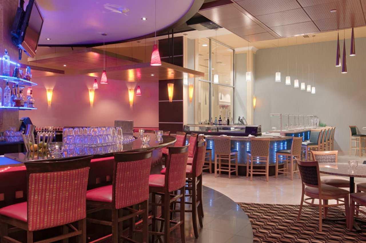 Round Bar Motor City Kitchen Menu