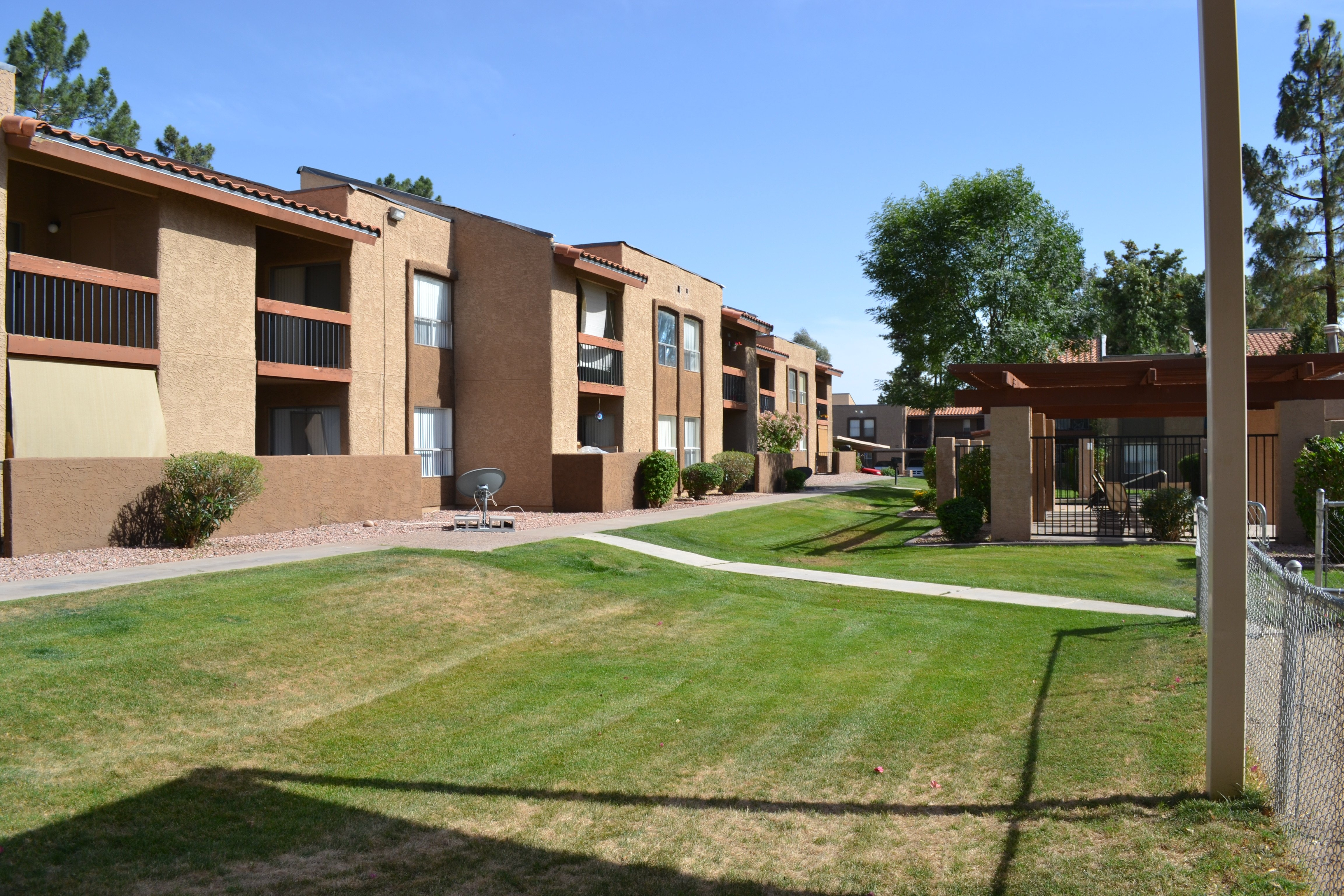 Aztec Apartments Mesa Az