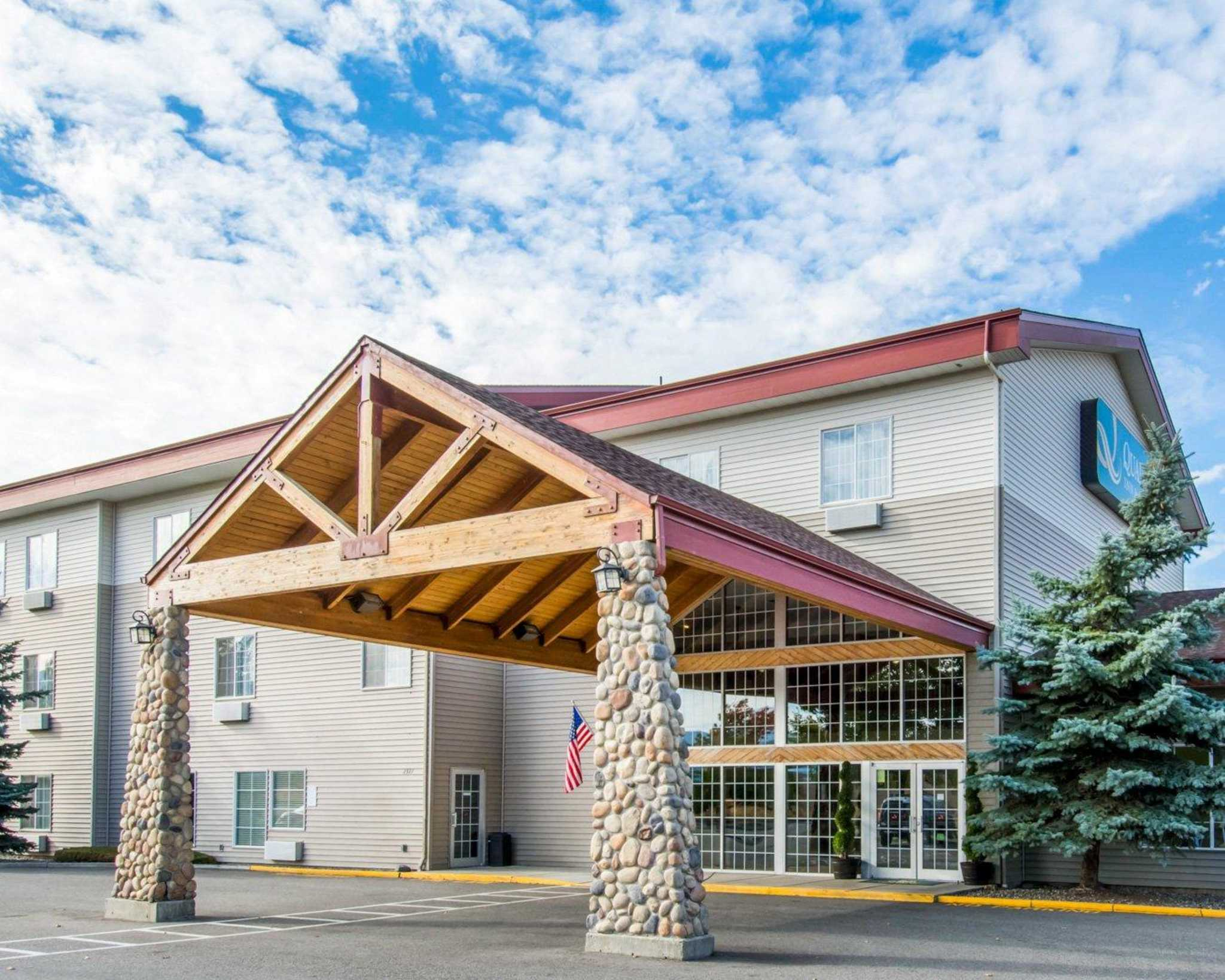 Dog Friendly Hotels Spokane Wa