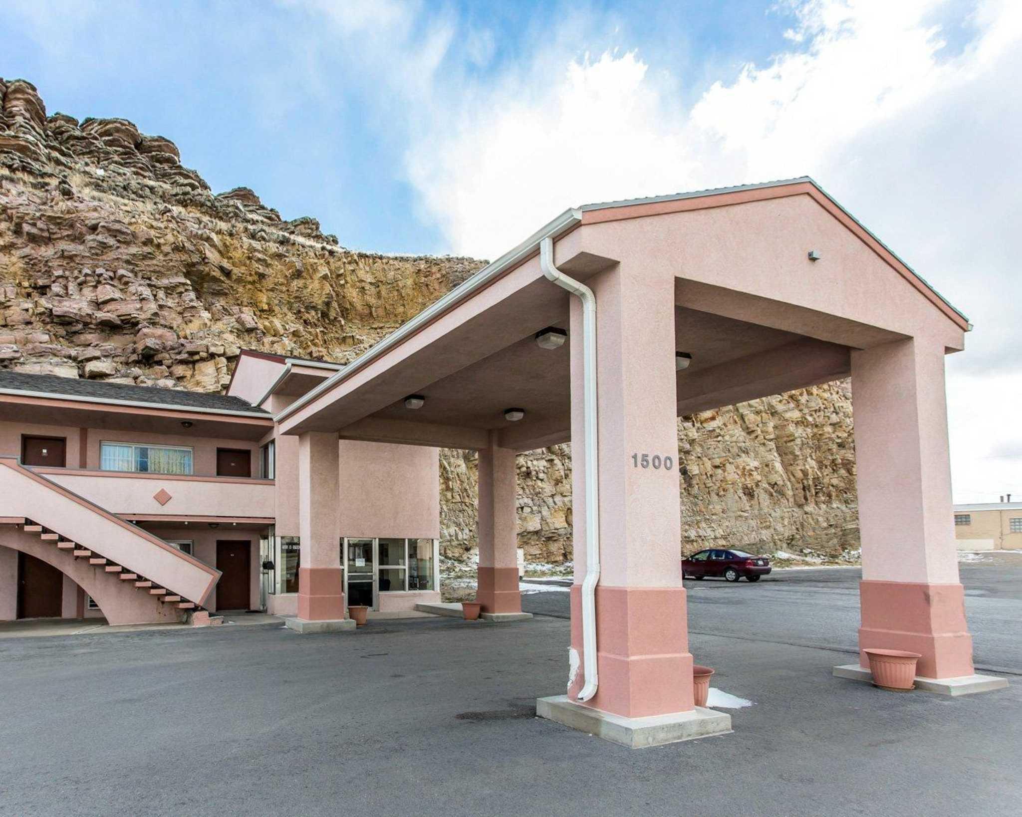 Rawlins Wy Hotels Motels