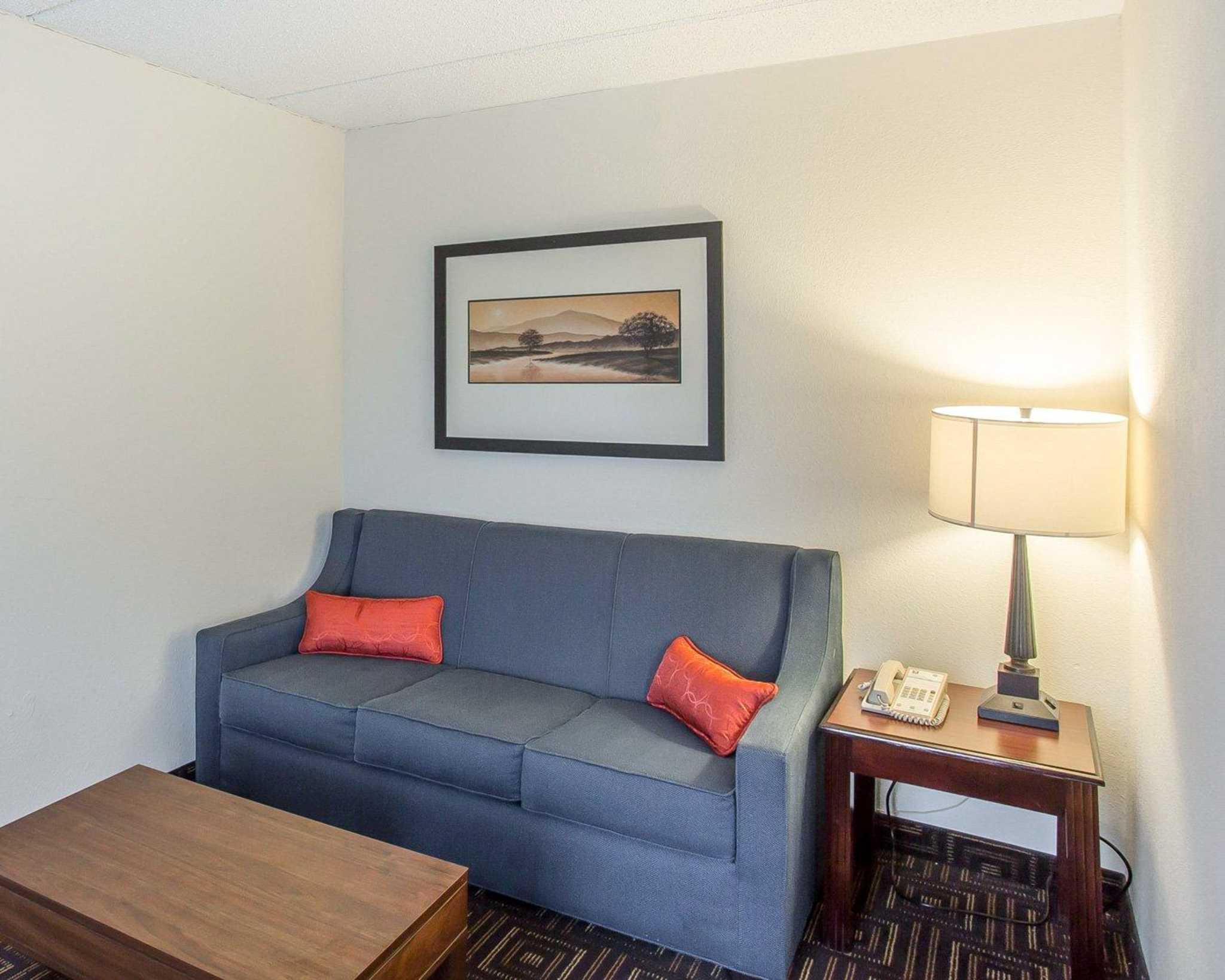 Yje Best Room Rates