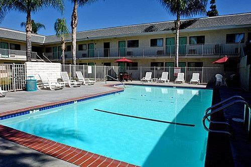 Motel 6 Anaheim Stadium - Orange image 4