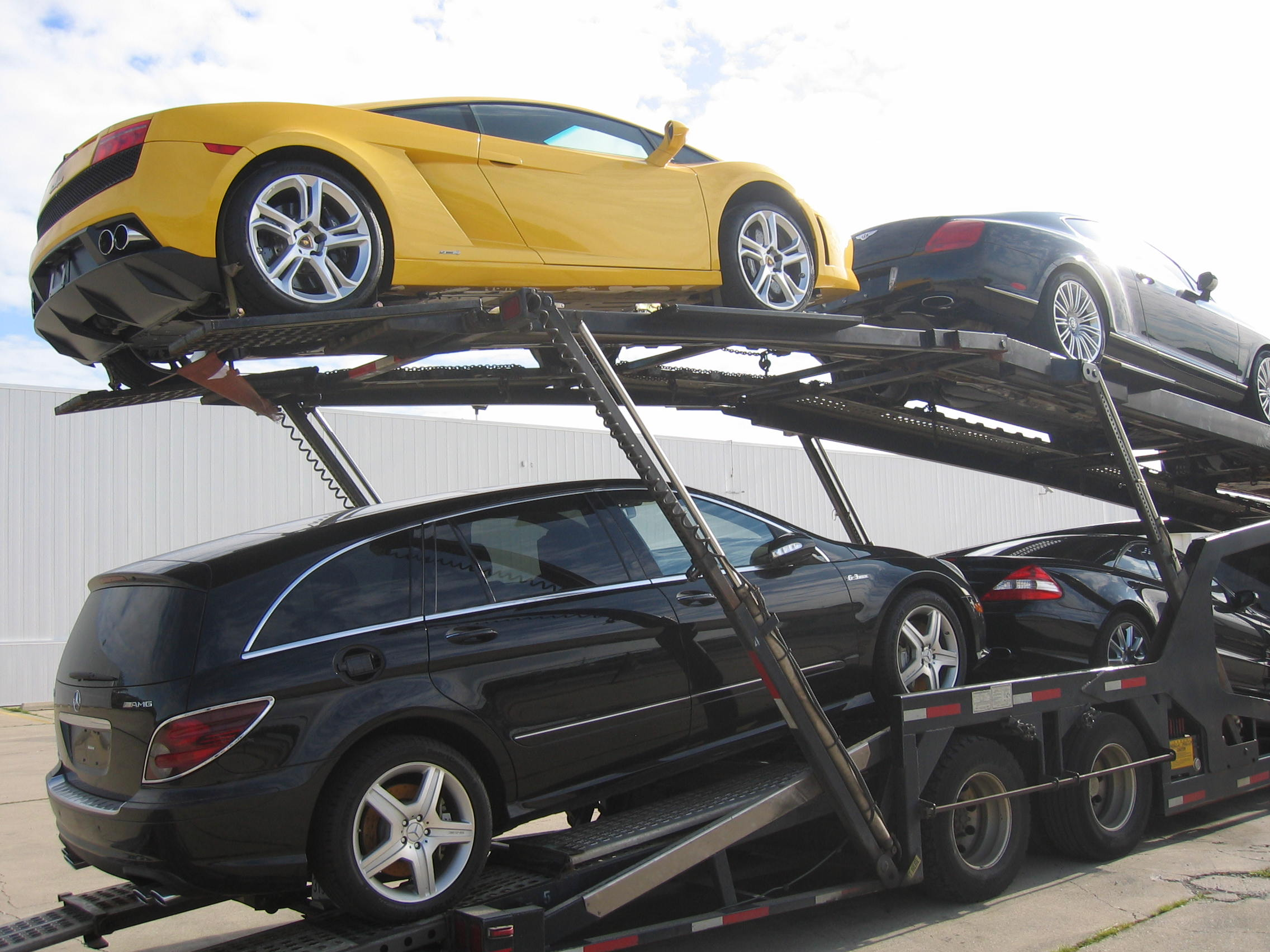 Ernies Auto Sales >> RoadRunner Auto Transport, Bethpage New York (NY) - LocalDatabase.com